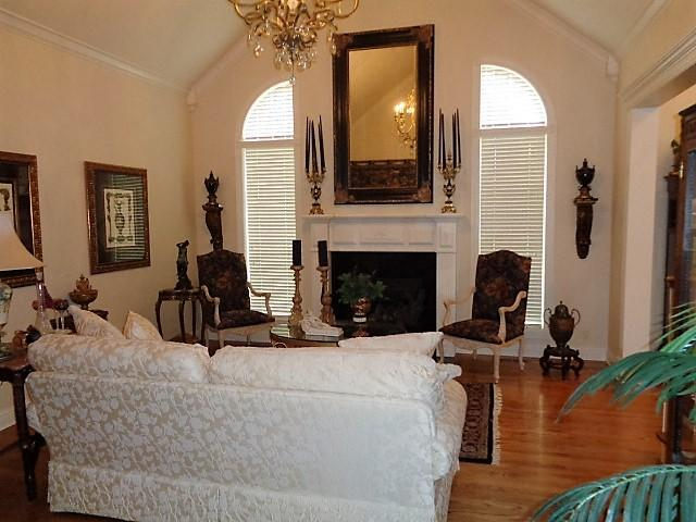 Large photo 6 of home for sale at 16 Briarwood Lane, Clarksville, AR