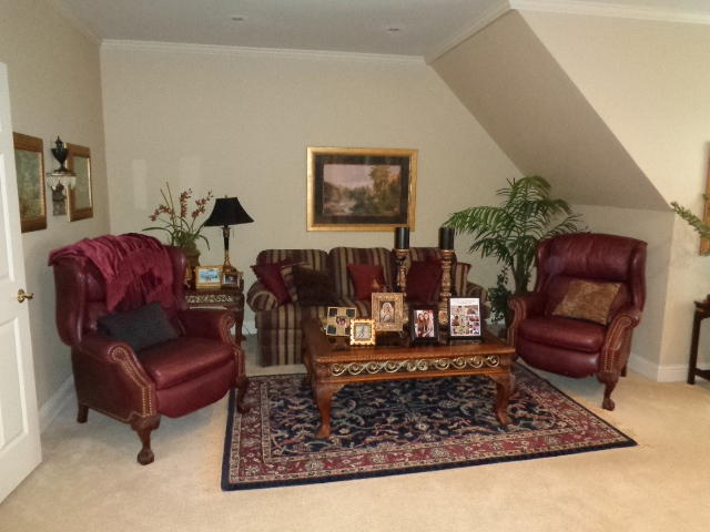 Large photo 14 of home for sale at 16 Briarwood Lane, Clarksville, AR