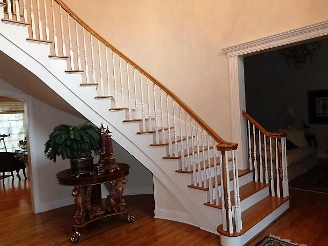 Large photo 28 of home for sale at 16 Briarwood Lane, Clarksville, AR