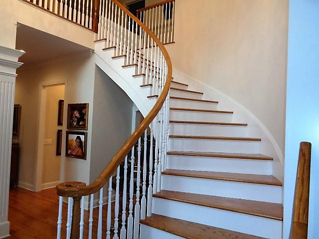 Large photo 29 of home for sale at 16 Briarwood Lane, Clarksville, AR