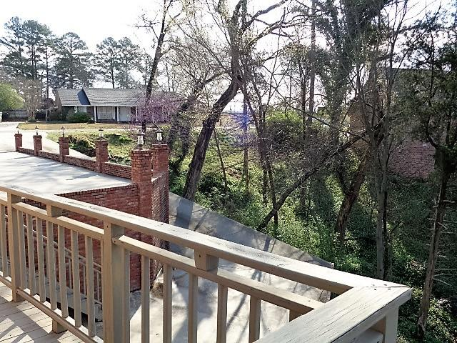Large photo 38 of home for sale at 16 Briarwood Lane, Clarksville, AR