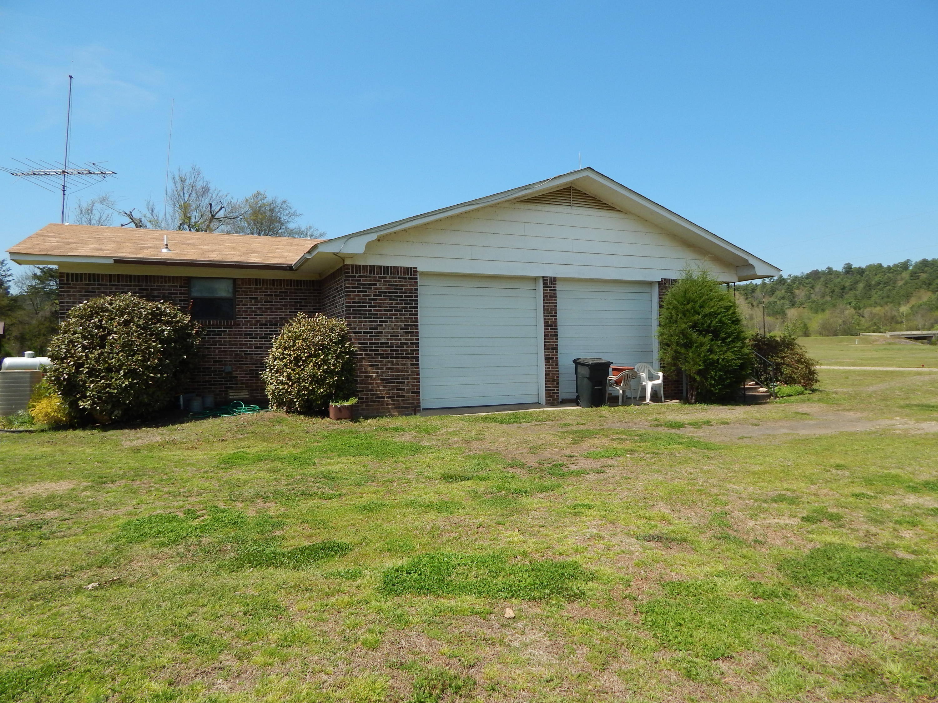 Large photo 3 of home for sale at 11251 Runabout Road, Rover, AR