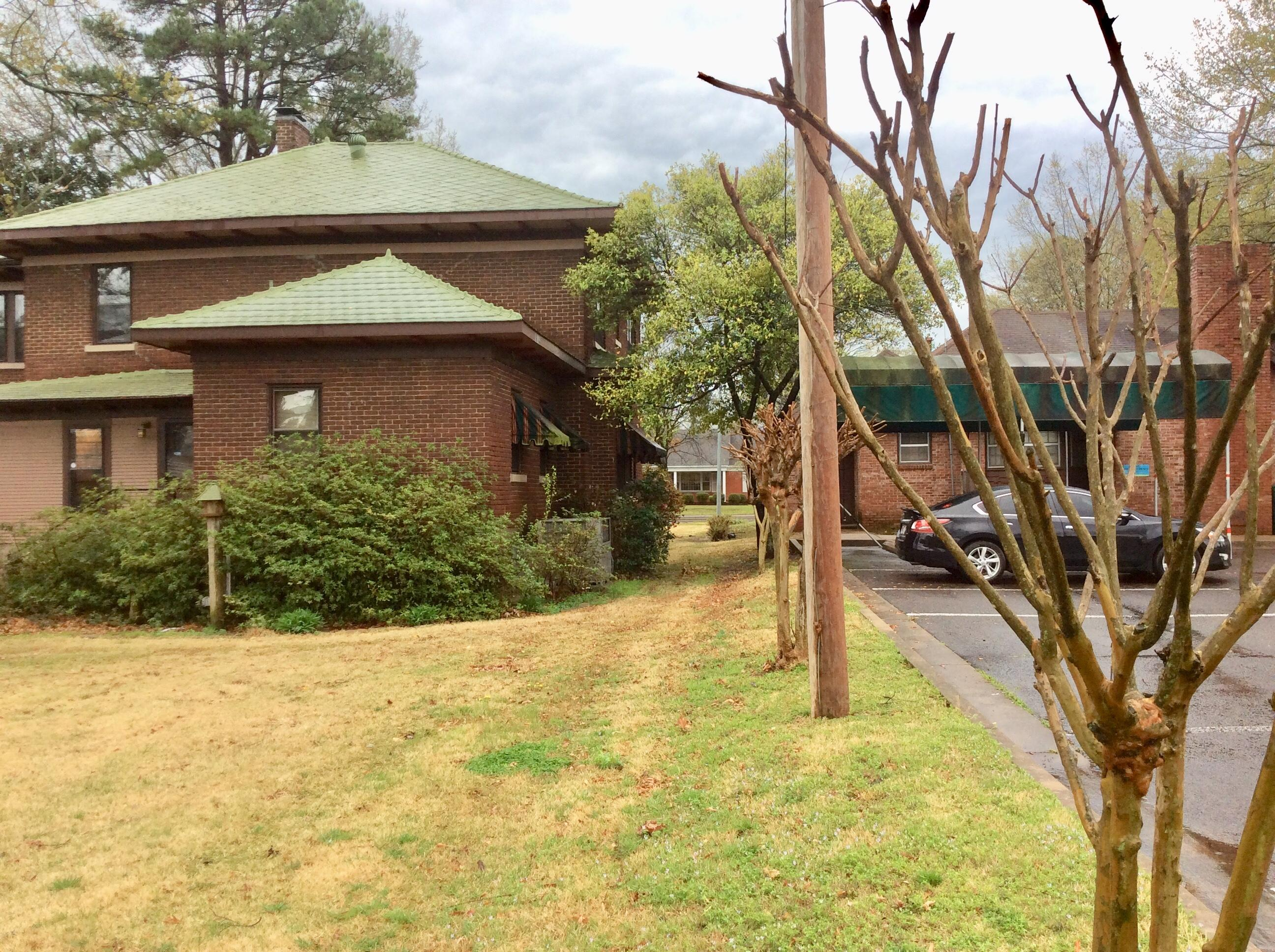 Large photo 4 of home for sale at 1602 Main Street, Russellville, AR