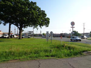 2303 N Arkansas Avenue, Russellville, AR 72801