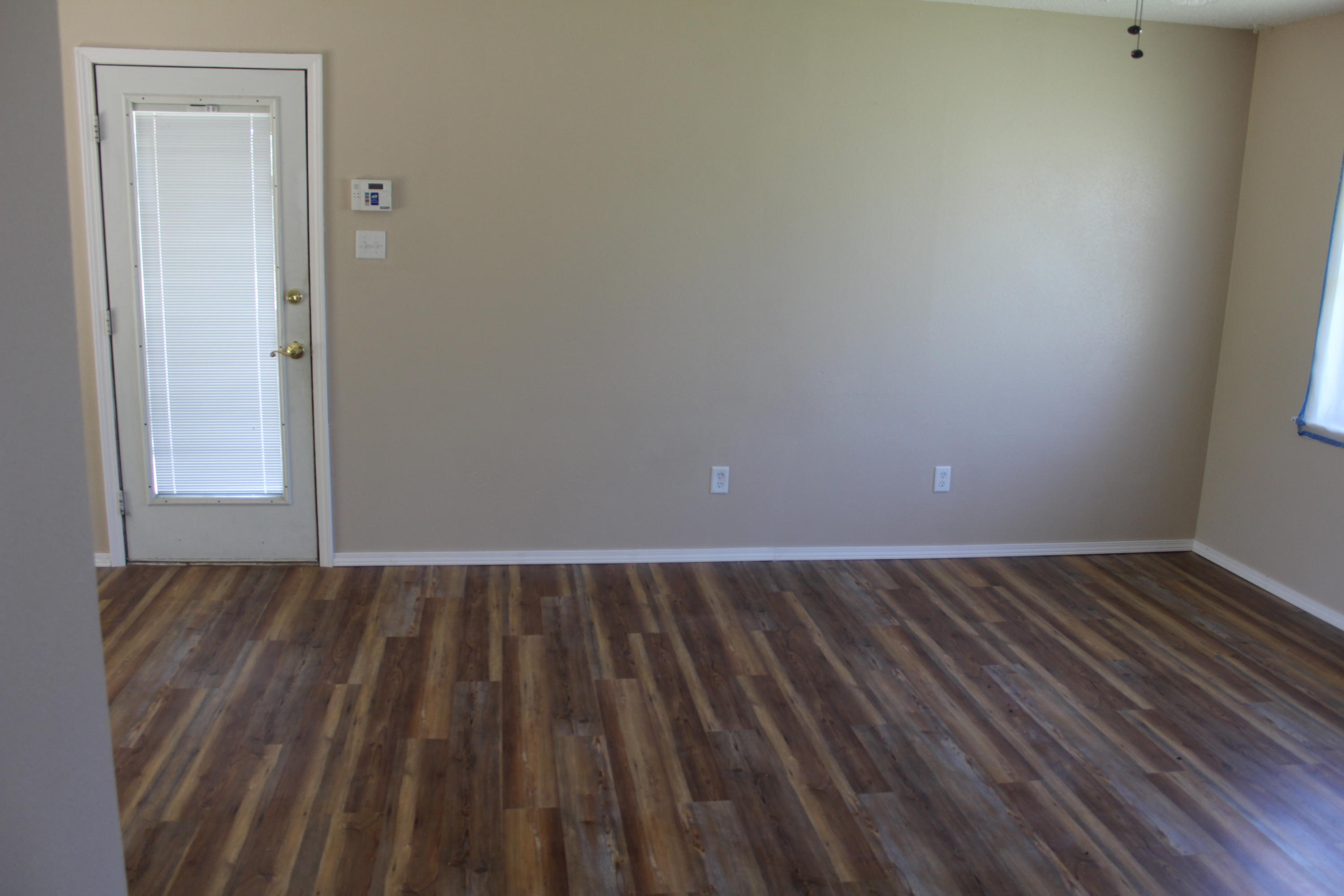Large photo 6 of home for sale at 1612 Gibson Street, Ozark, AR