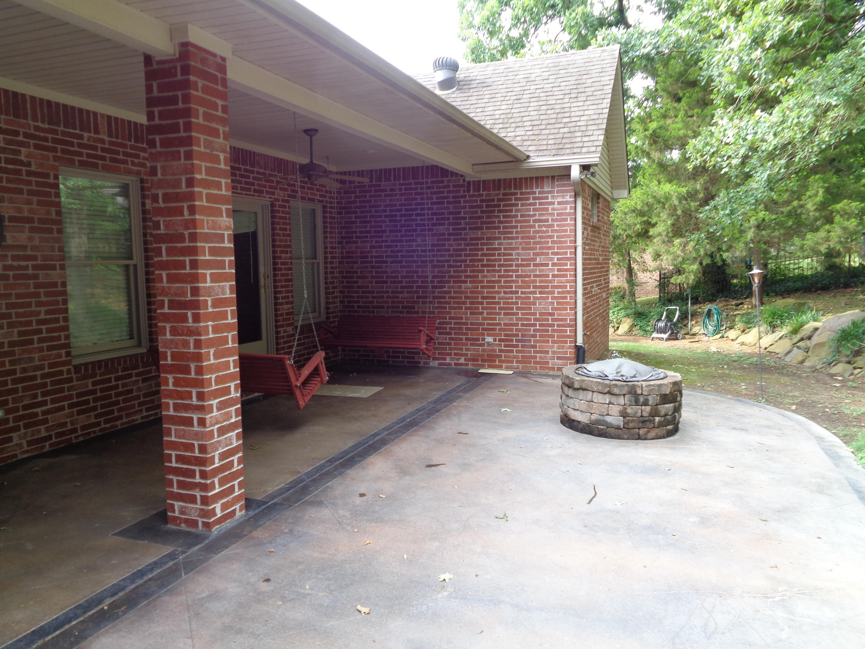 Large photo 3 of home for sale at 102 SKYRIDGE Road, Russellville, AR