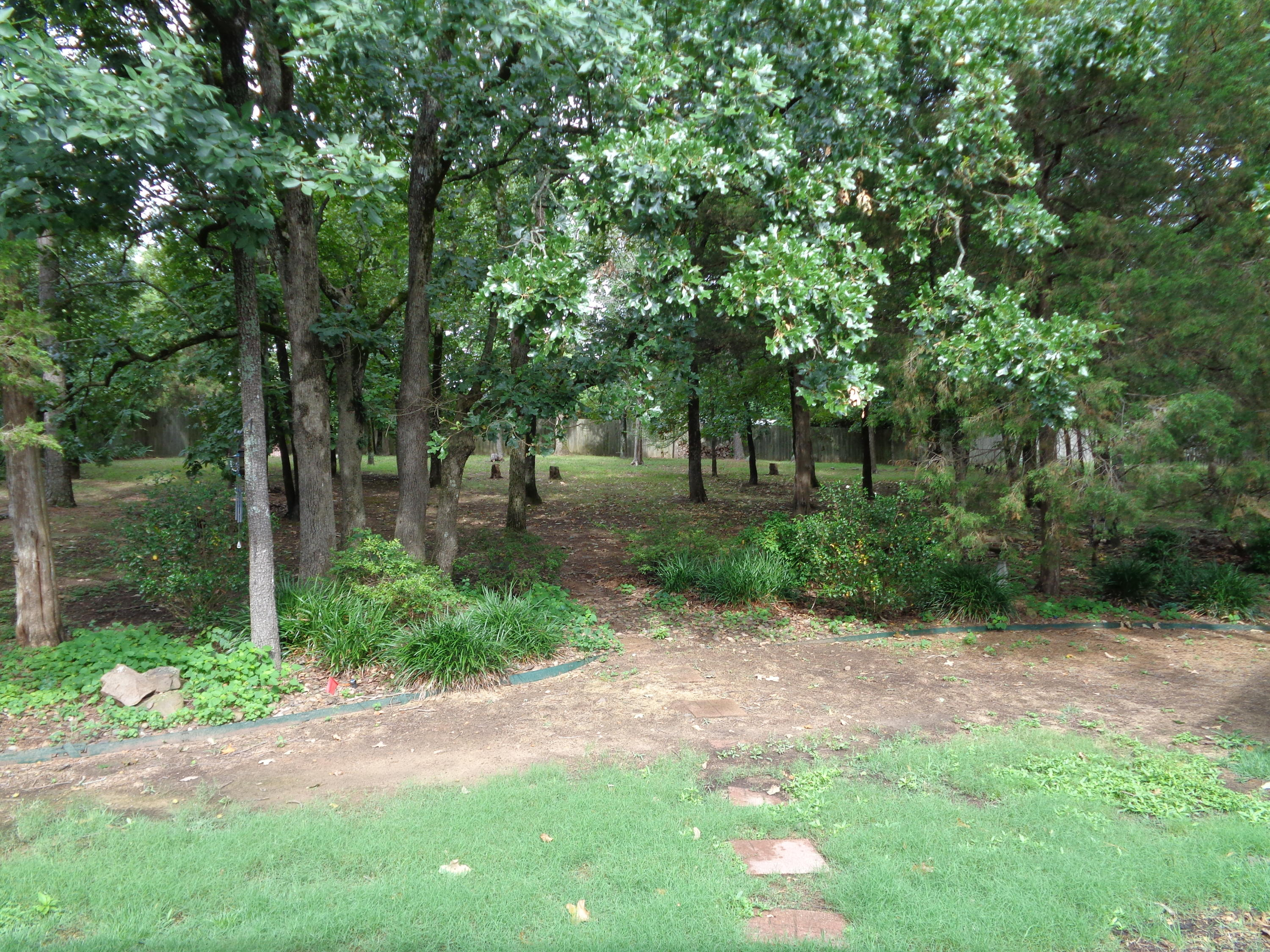 Large photo 4 of home for sale at 102 SKYRIDGE Road, Russellville, AR