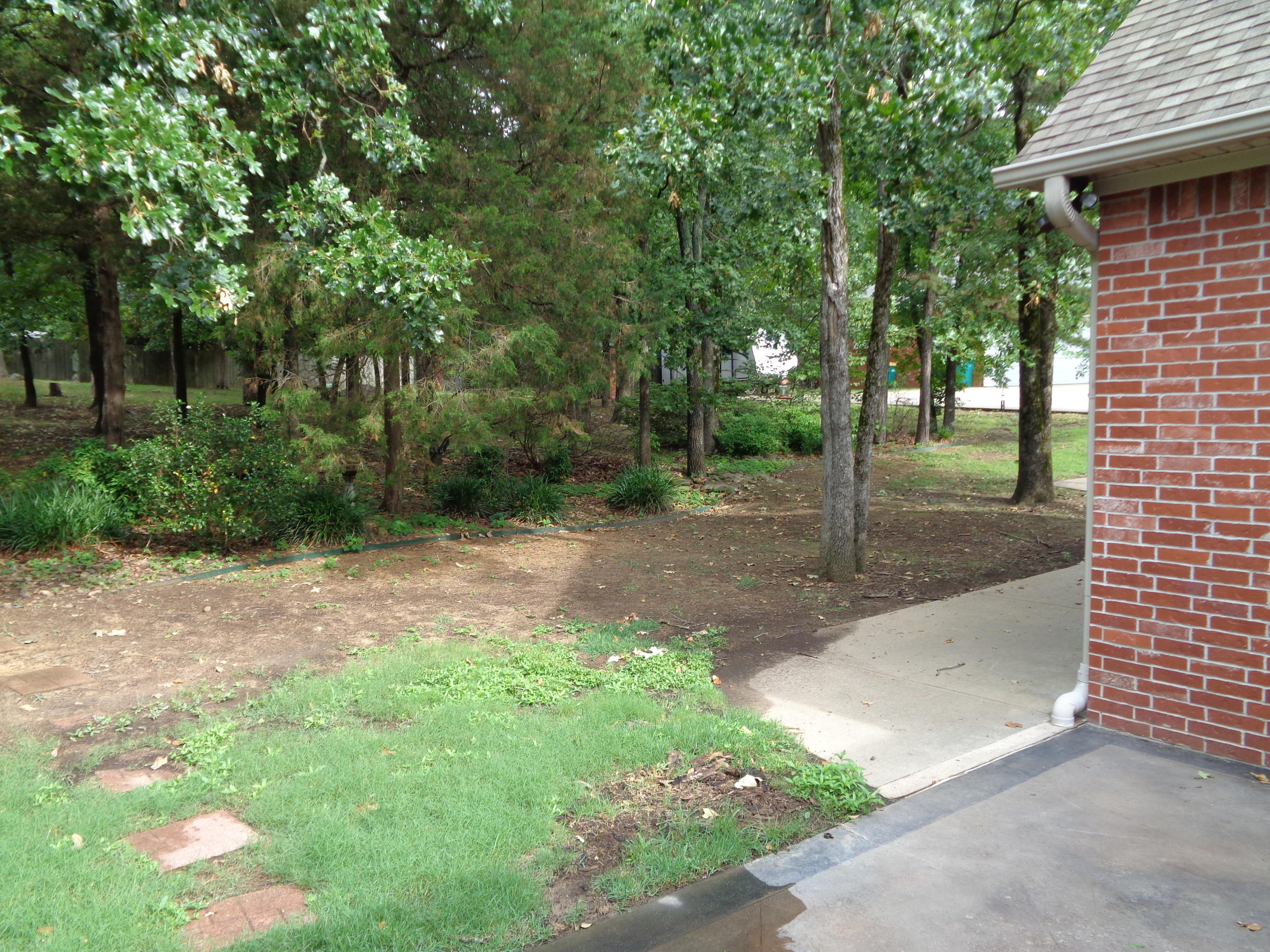 Large photo 5 of home for sale at 102 SKYRIDGE Road, Russellville, AR