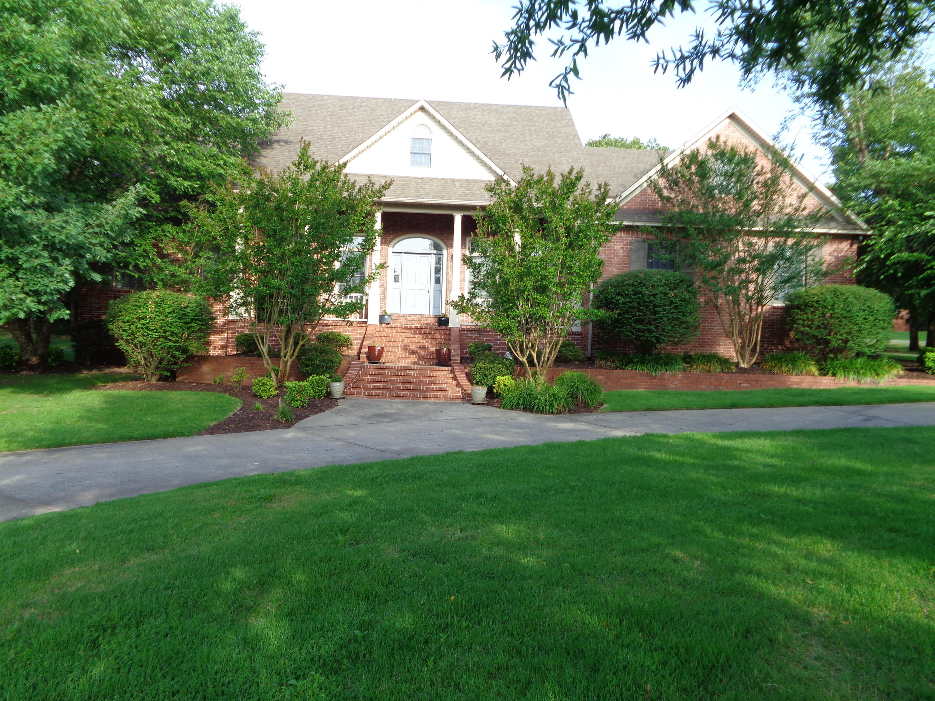 Large photo 2 of home for sale at 102 SKYRIDGE Road, Russellville, AR