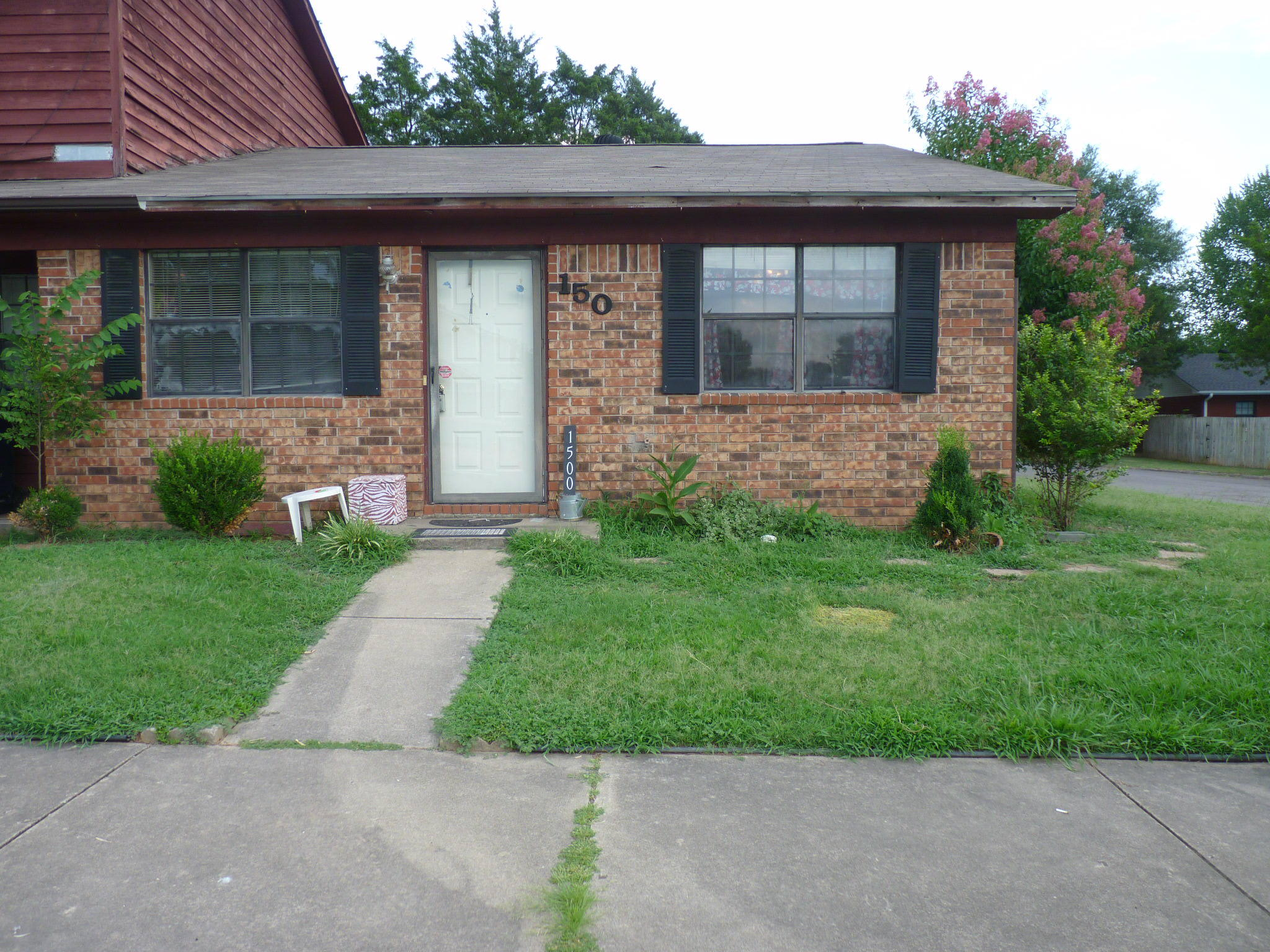 Large photo 1 of home for sale at 1500 University Drive, Russellville, AR