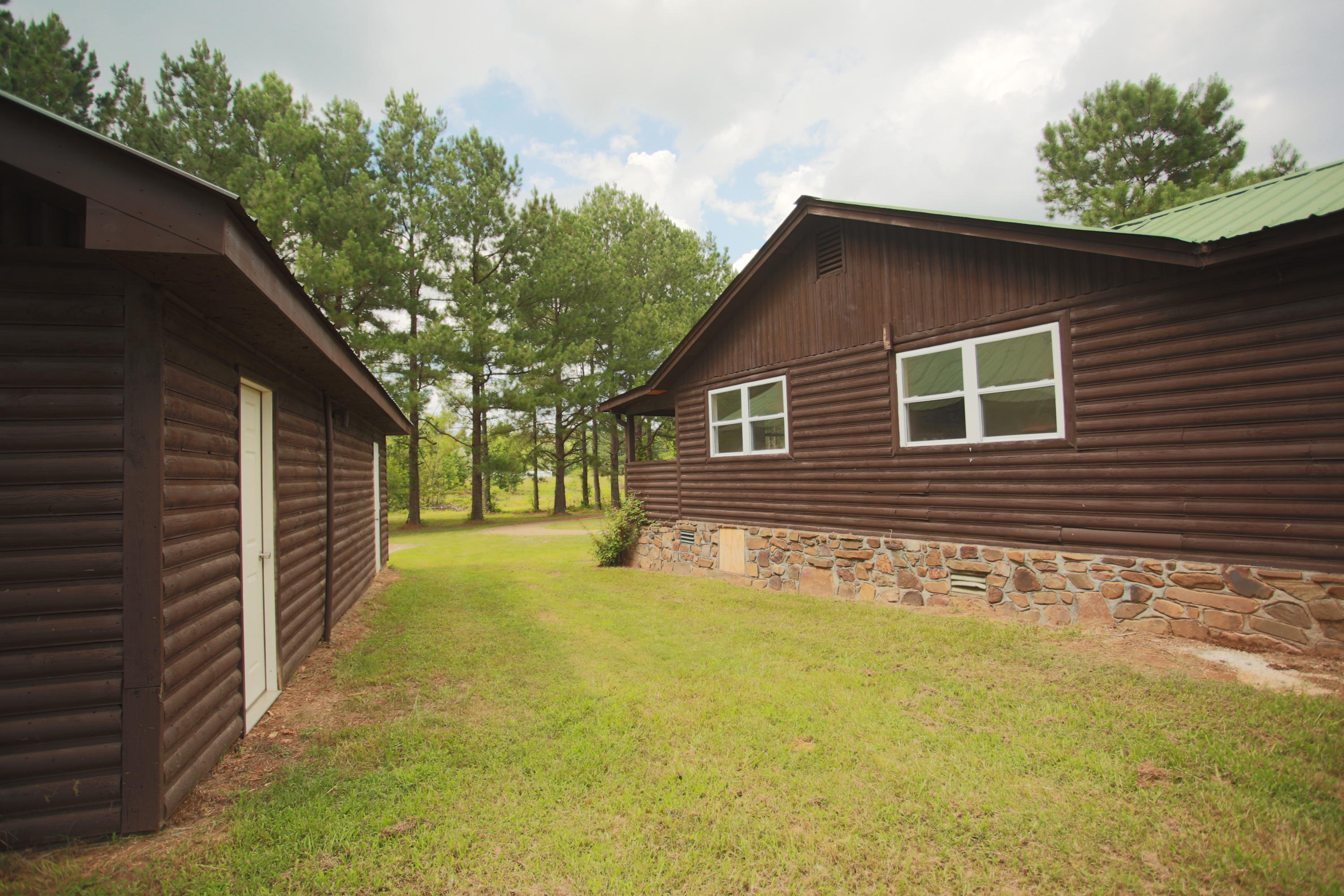 Large photo 34 of home for sale at 10430 SINGING PINES RD , Danville, AR