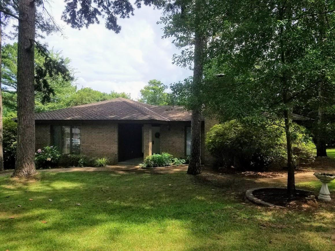 Large photo 2 of home for sale at 609 Dalewood Court, Russellville, AR