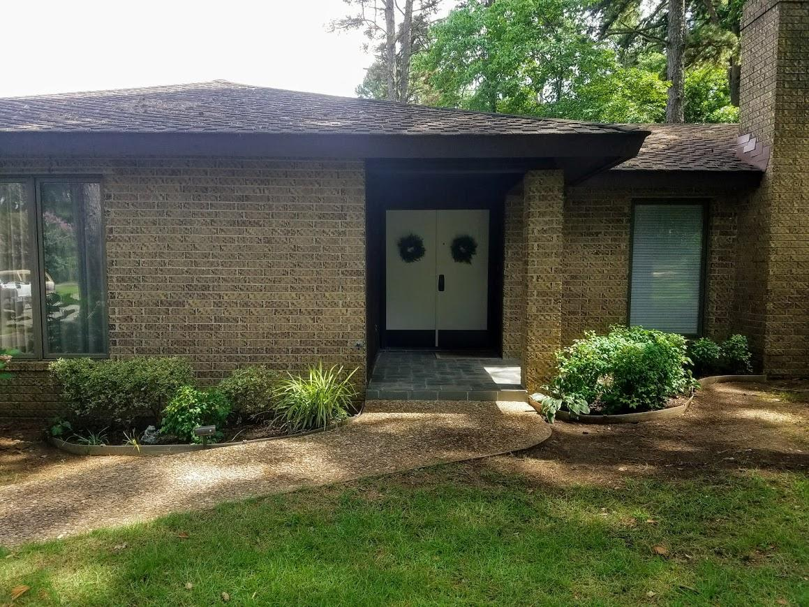 Large photo 3 of home for sale at 609 Dalewood Court, Russellville, AR