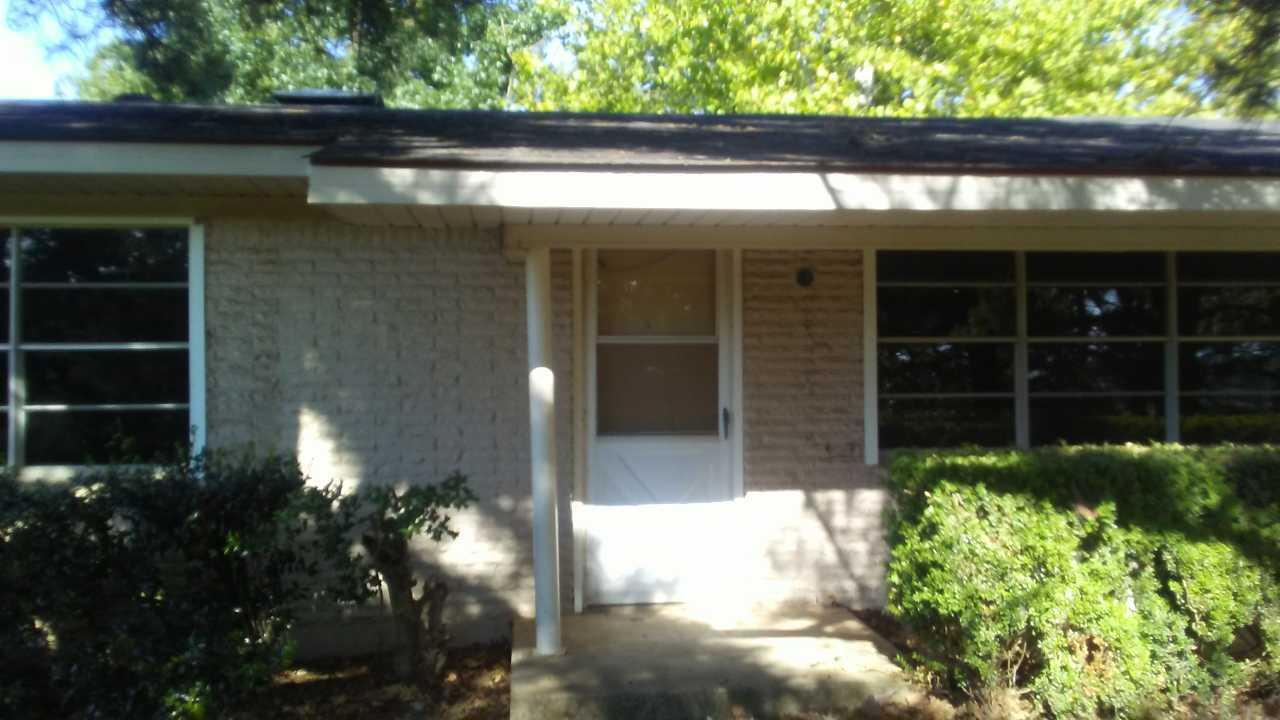 Large photo 4 of home for sale at 610 Ray Road, Clarksville, AR