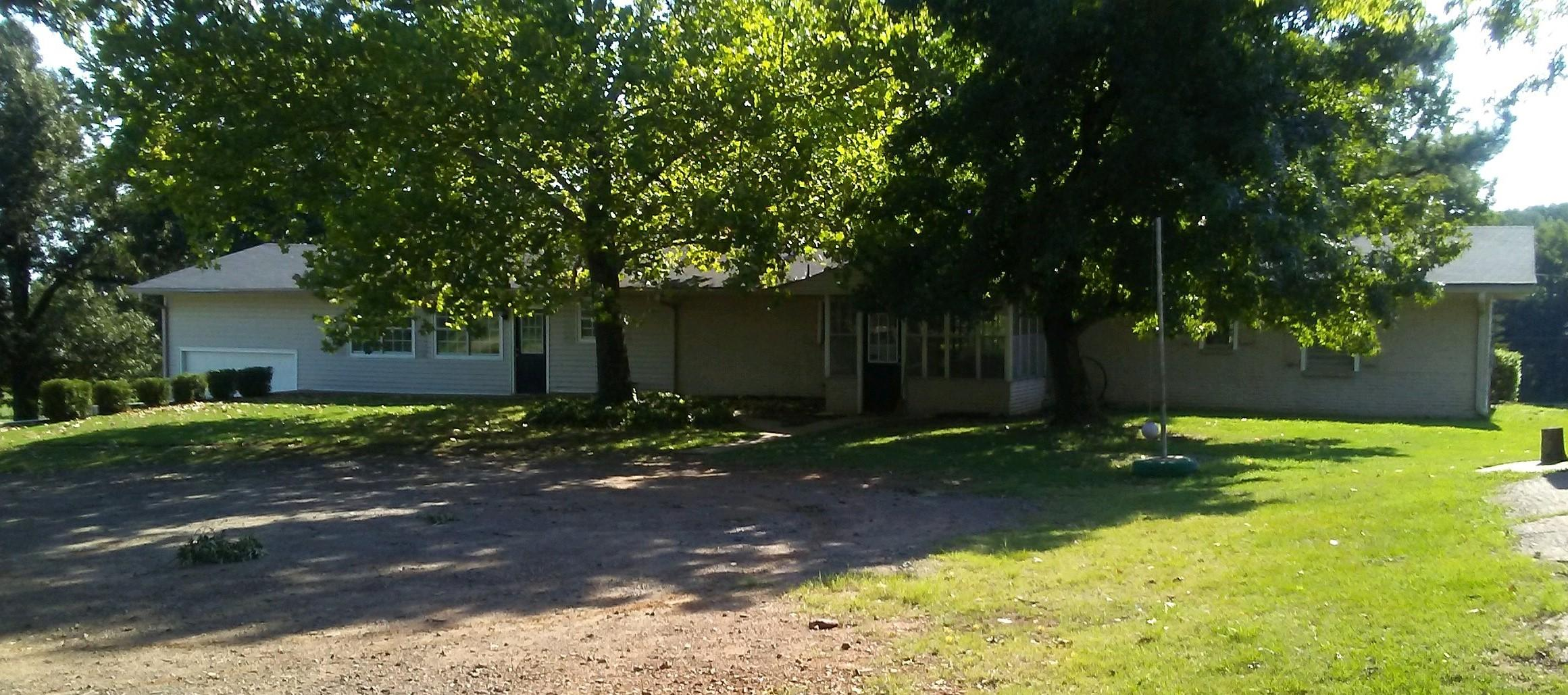 Large photo 7 of home for sale at 610 Ray Road, Clarksville, AR