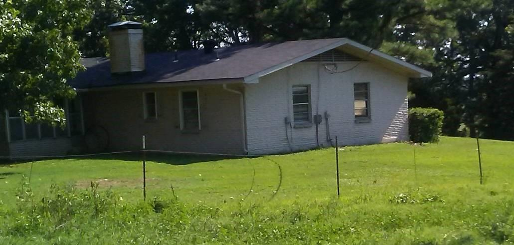 Large photo 10 of home for sale at 610 Ray Road, Clarksville, AR
