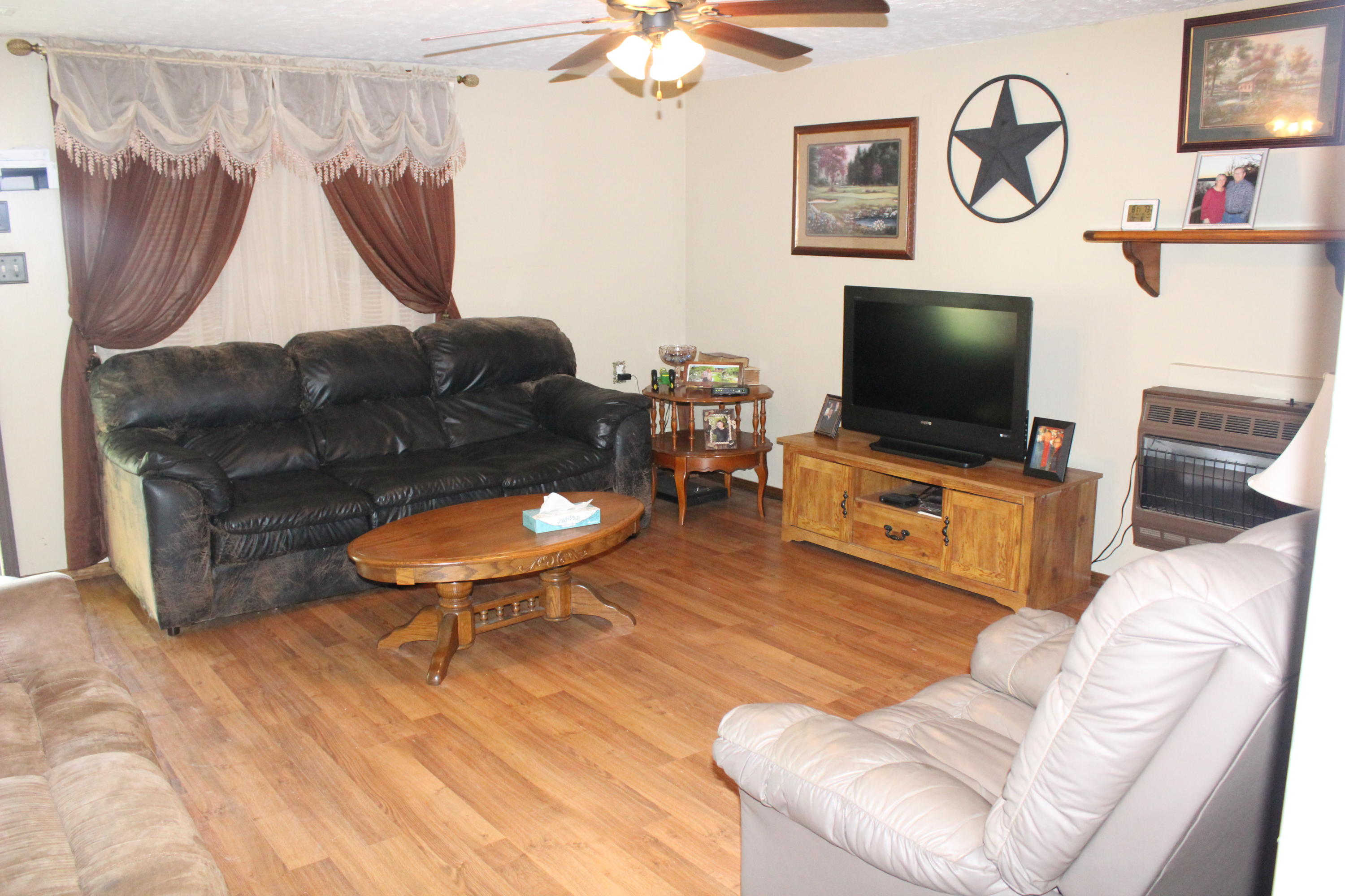 Large photo 3 of home for sale at 1300 Upper Jethro Road, Ozark, AR