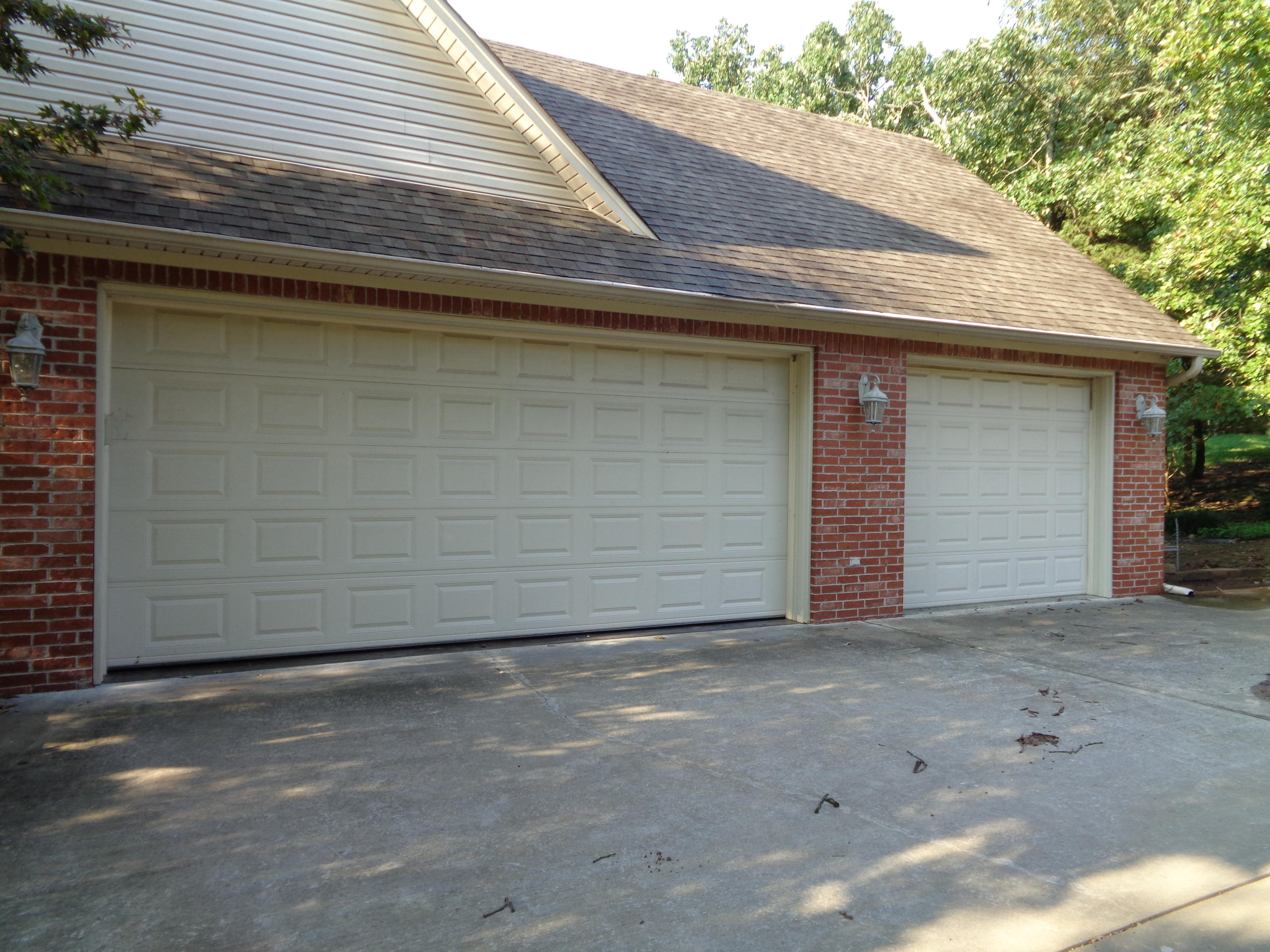 Large photo 6 of home for sale at 102 SKYRIDGE Road, Russellville, AR
