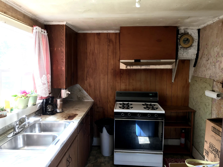 Large photo 8 of Paris home for sale at 205 McKeen Street, Paris, AR