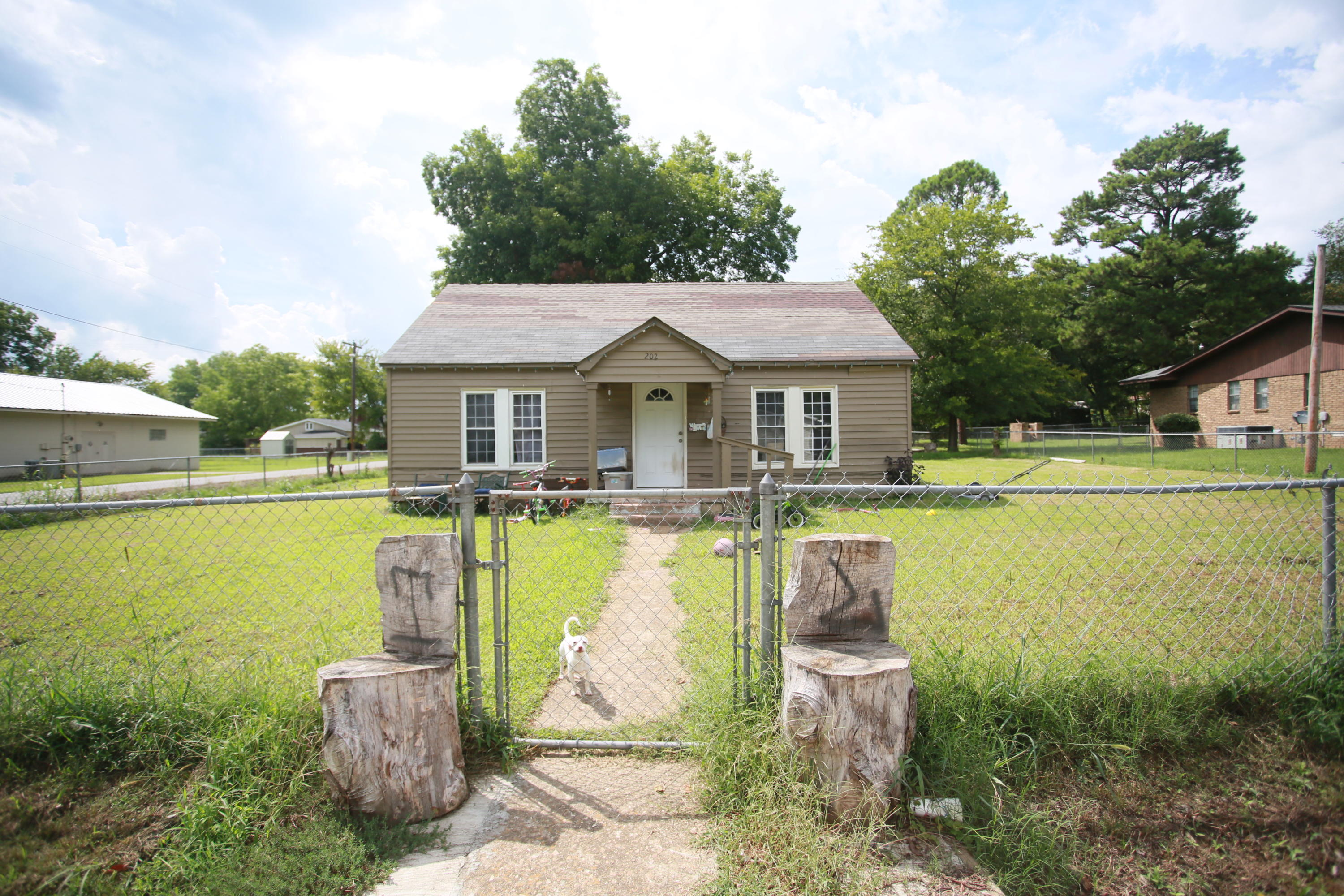 Large photo 2 of home for sale at 202 North 5th St. , Ola, AR