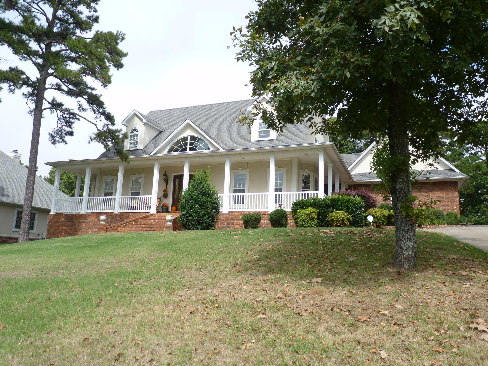 Large photo 3 of home for sale at 42 Ridgeline Drive, Russellville, AR