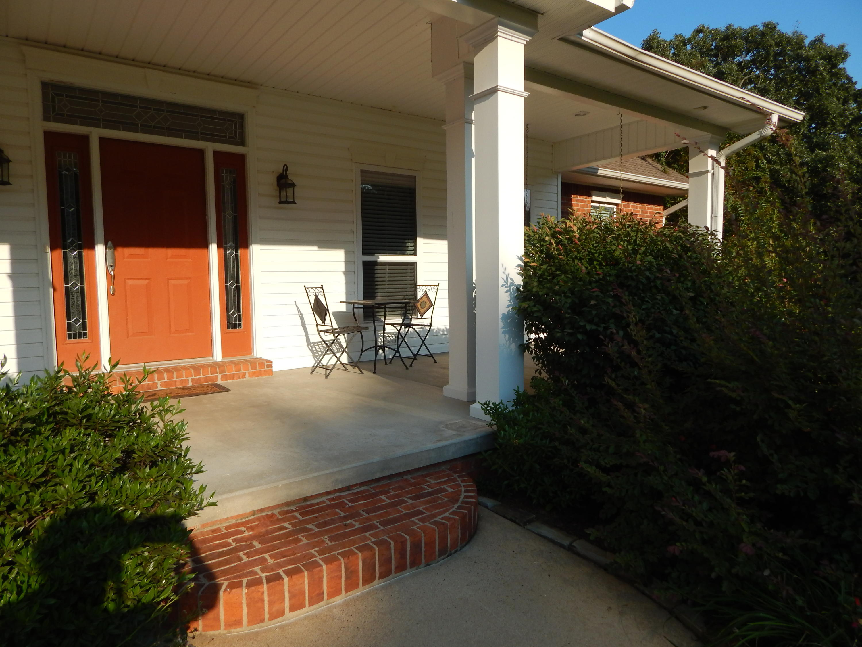 Large photo 5 of home for sale at 254 Park Road, Russellville, AR