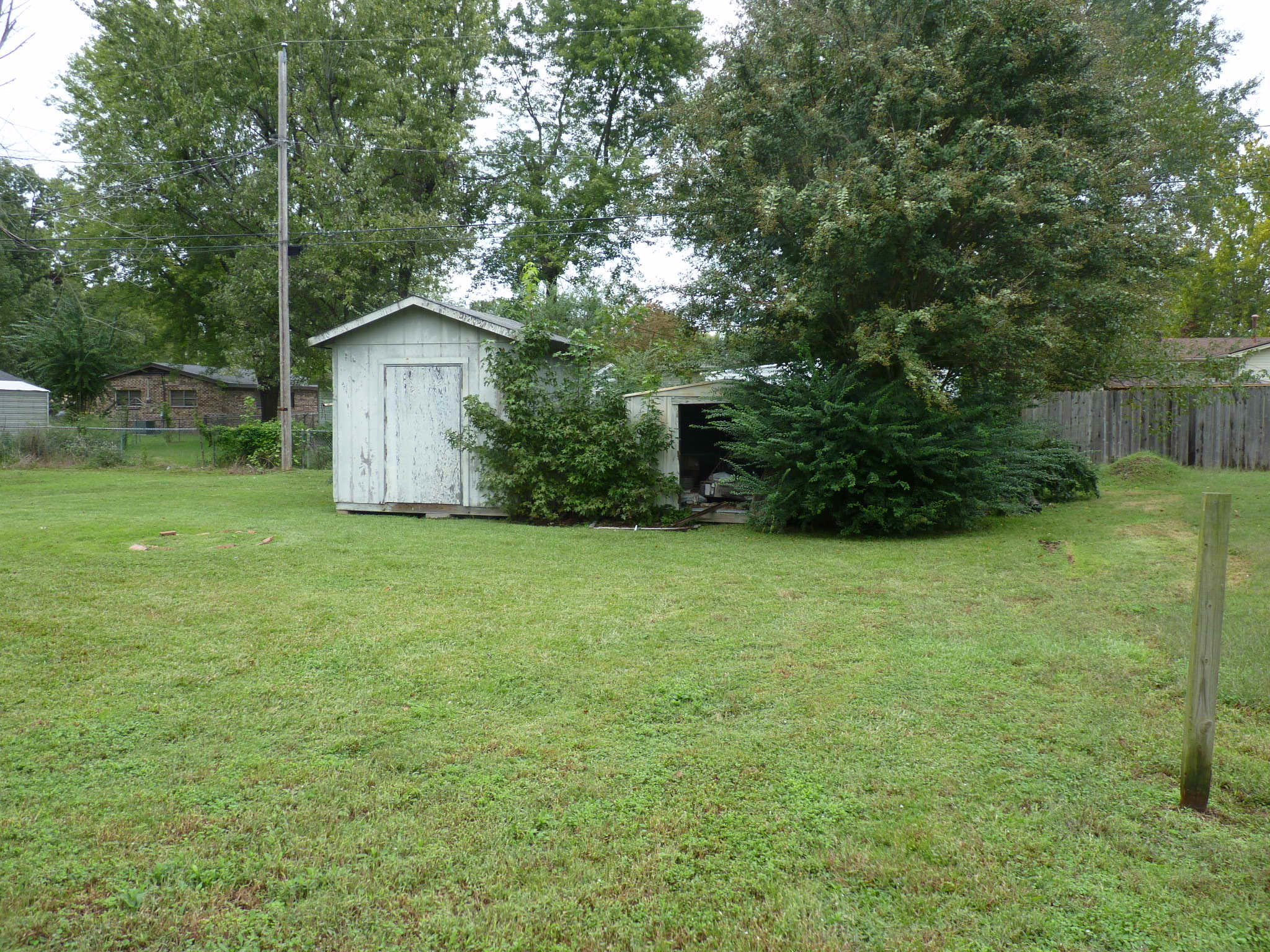 Large photo 4 of home for sale at 1005 E Street, Russellville, AR