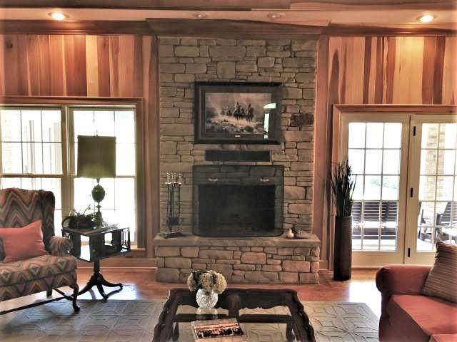 Large photo 8 of home for sale at 1985 Augsburg Road, London, AR