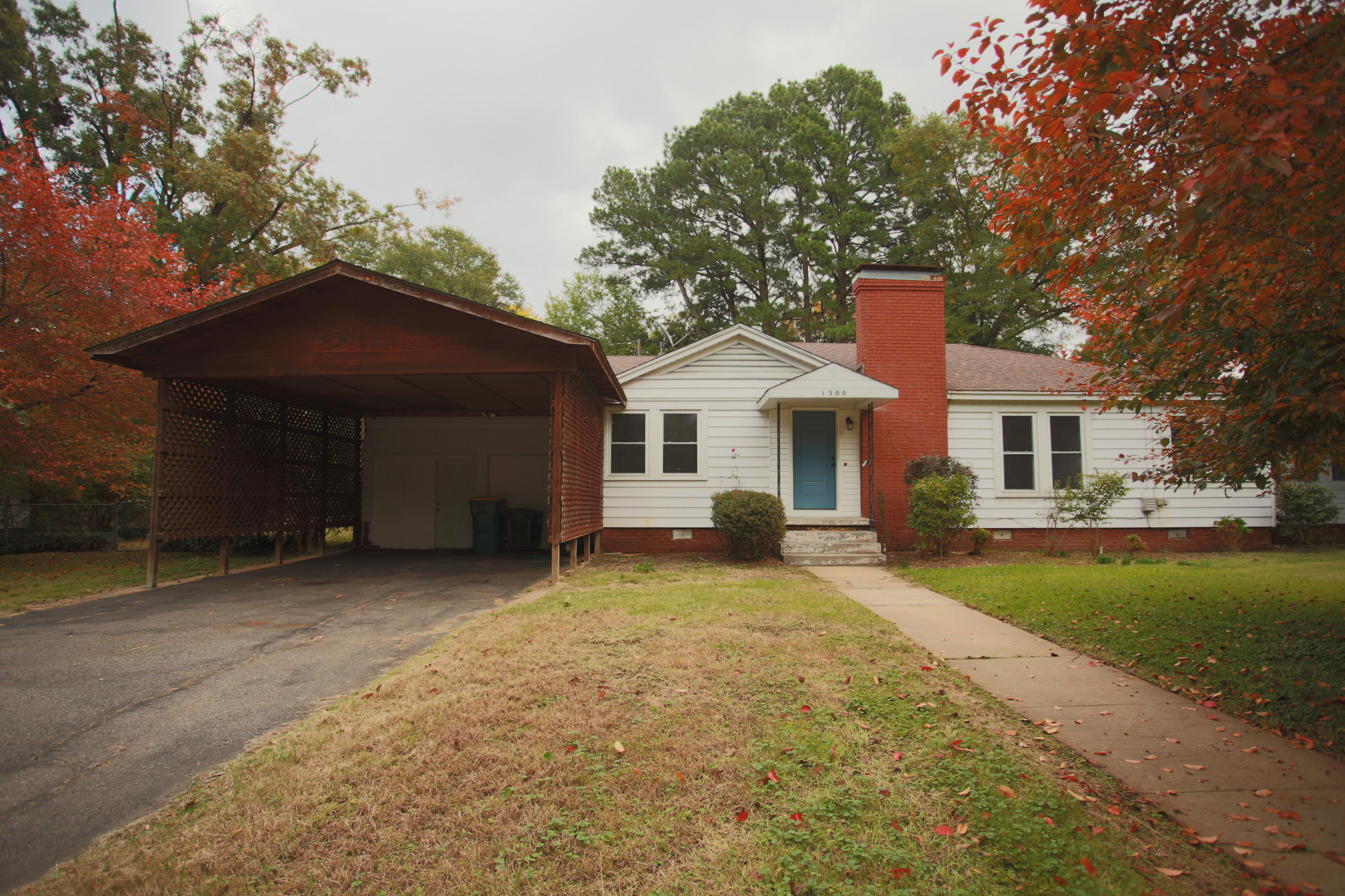 Large photo 19 of home for sale at 1300 Boston Place, Russellville, AR