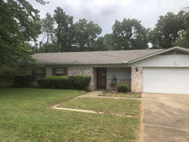 Large photo 1 of home for sale at 1104 17TH Terrace, Russellville, AR