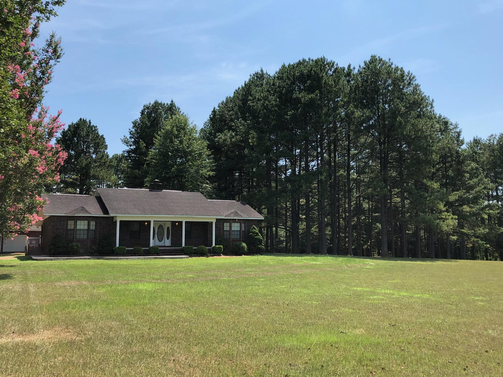 Large photo 1 of home for sale at 10182 Singing Pines Road, Danville, AR