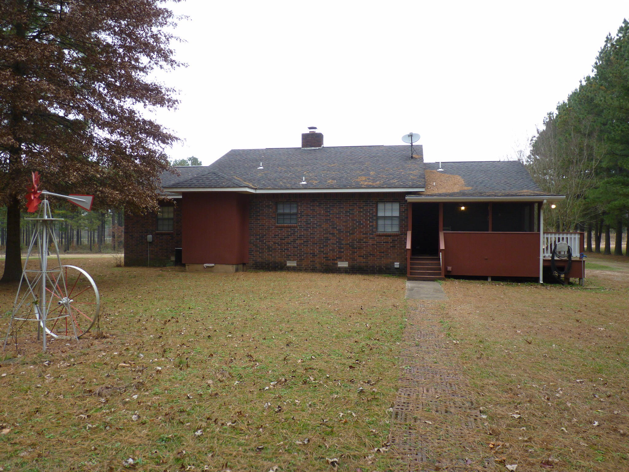 Large photo 6 of home for sale at 10182 Singing Pines Road, Danville, AR