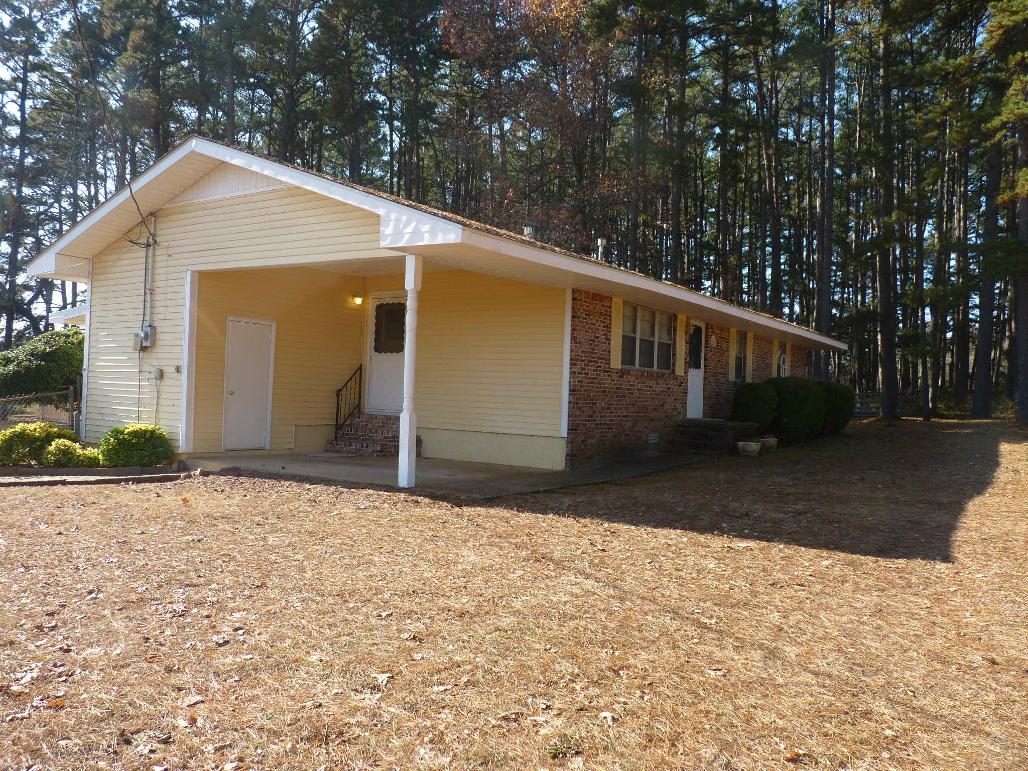 Large photo 3 of home for sale at 23756 AR-27 , Dardanelle, AR