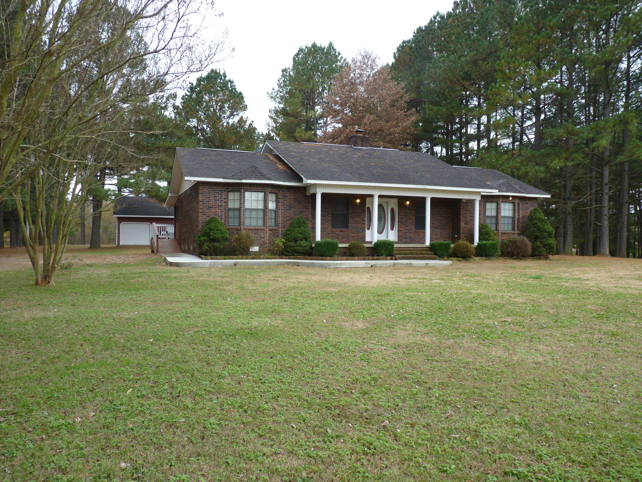 Large photo 5 of home for sale at 10182 Singing Pines Road, Danville, AR