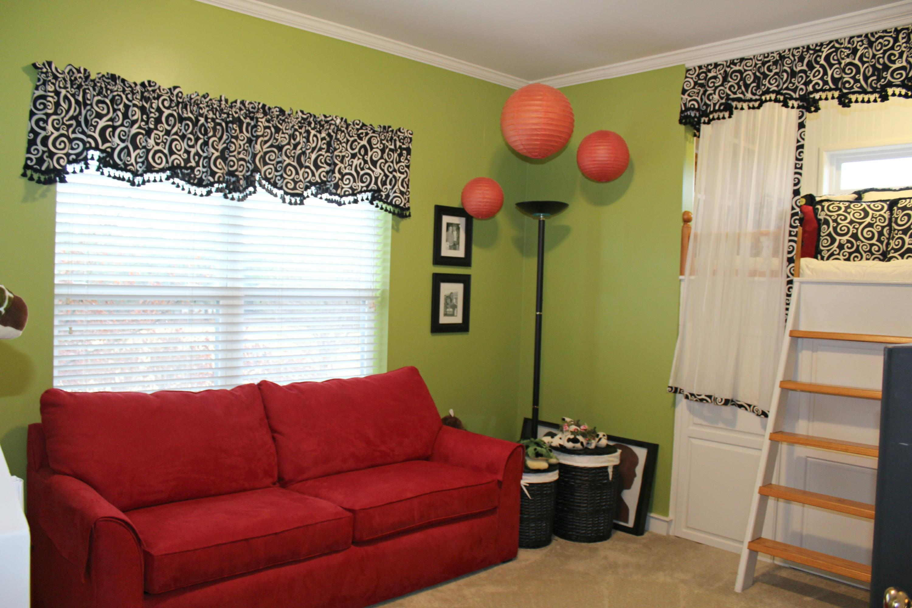 Large photo 47 of home for sale at 401 Ruth Lane, Russellville, AR