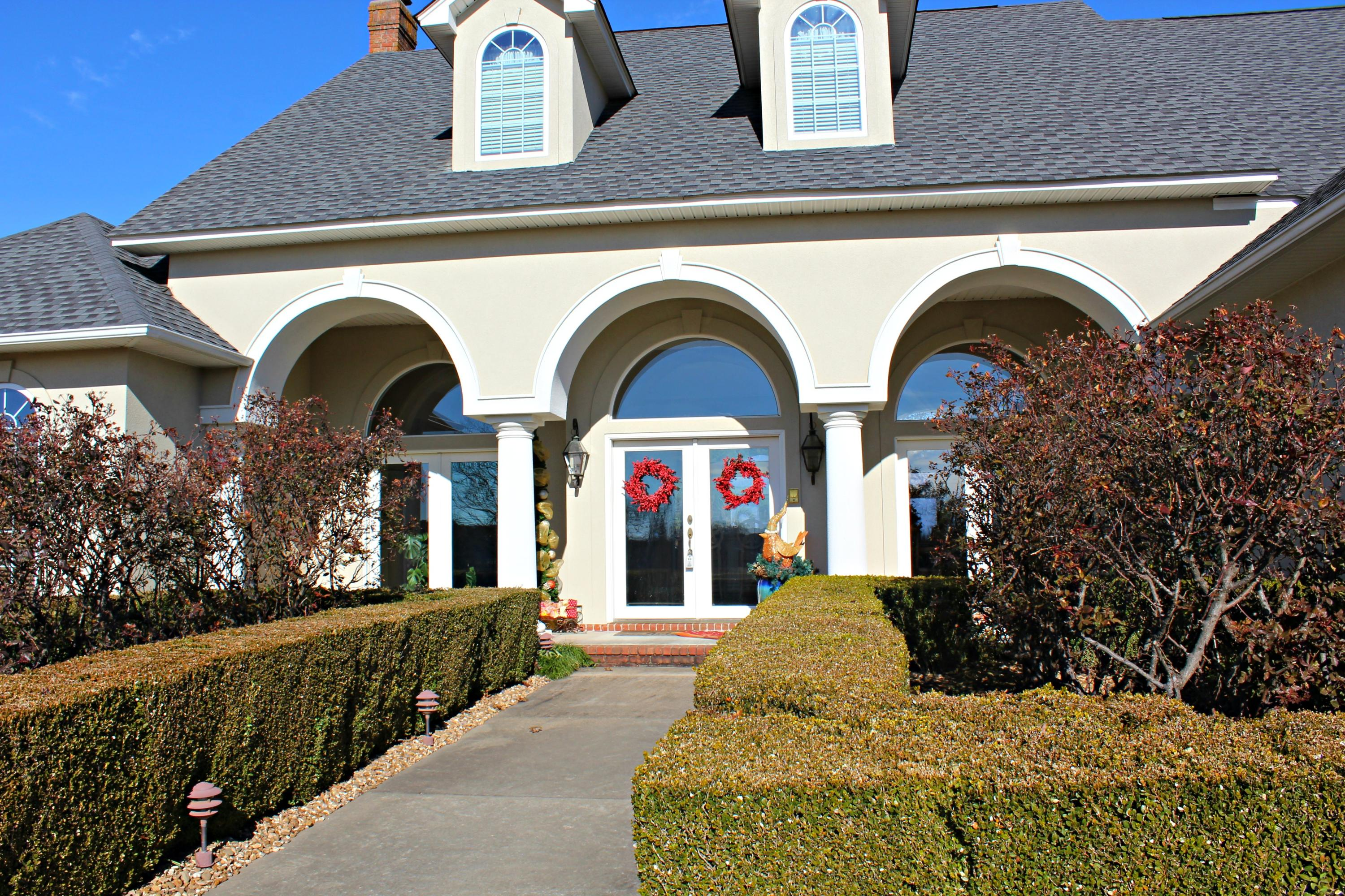 Large photo 74 of home for sale at 401 Ruth Lane, Russellville, AR