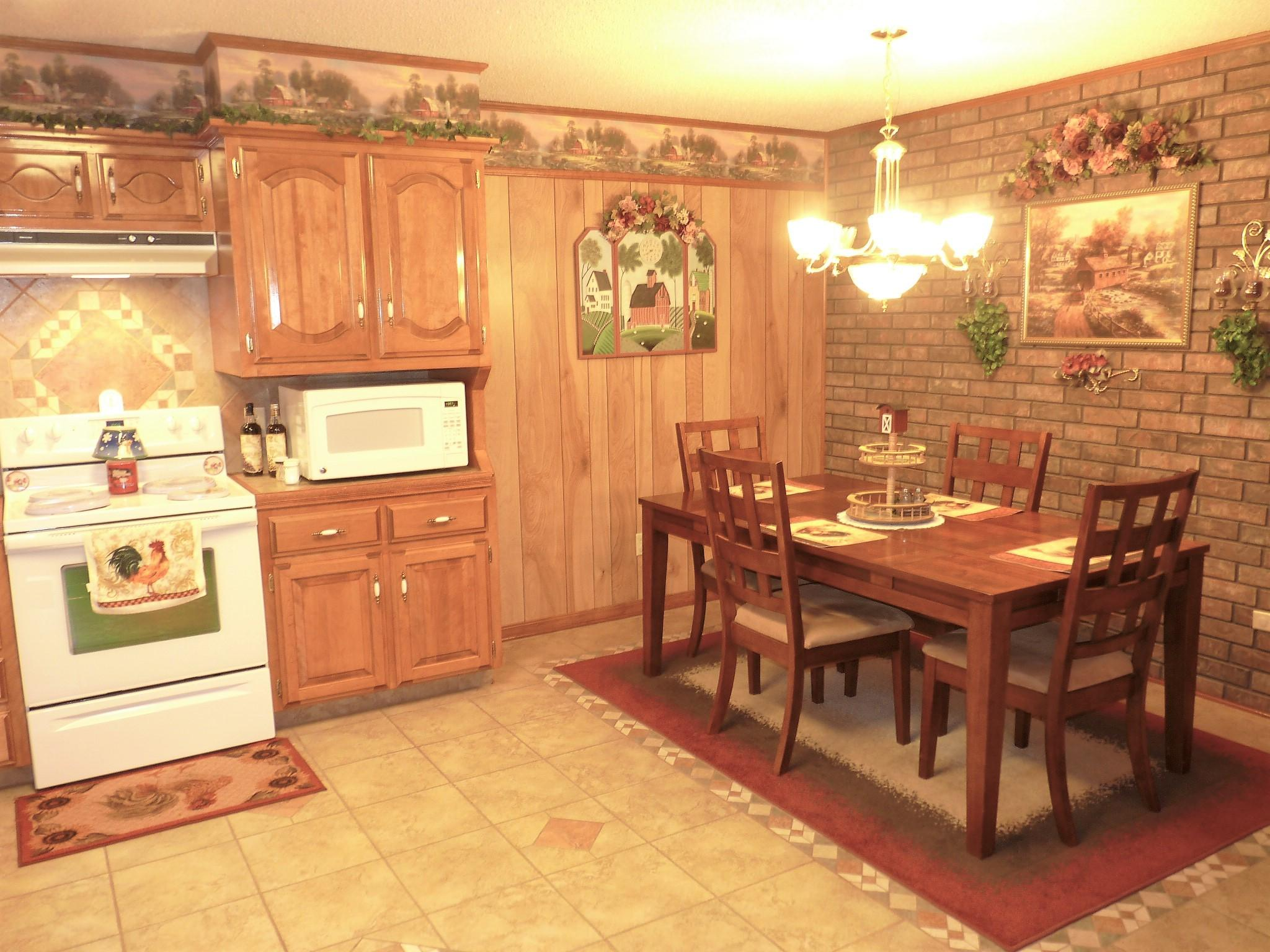 Large photo 11 of home for sale at 10182 Singing Pines Road, Danville, AR