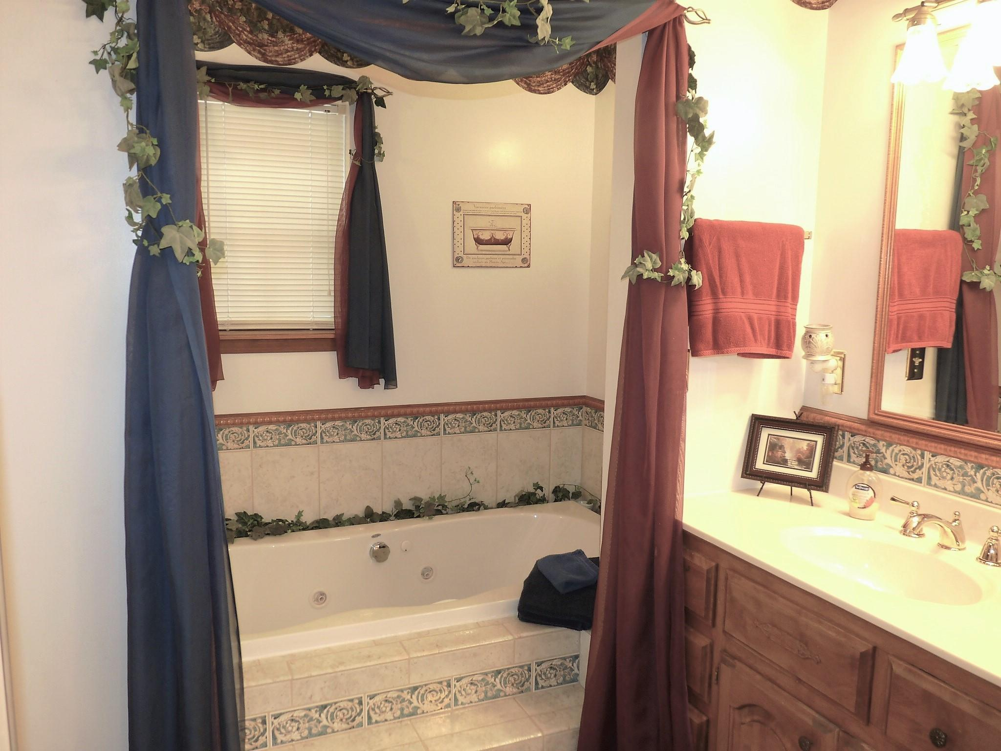 Large photo 15 of home for sale at 10182 Singing Pines Road, Danville, AR