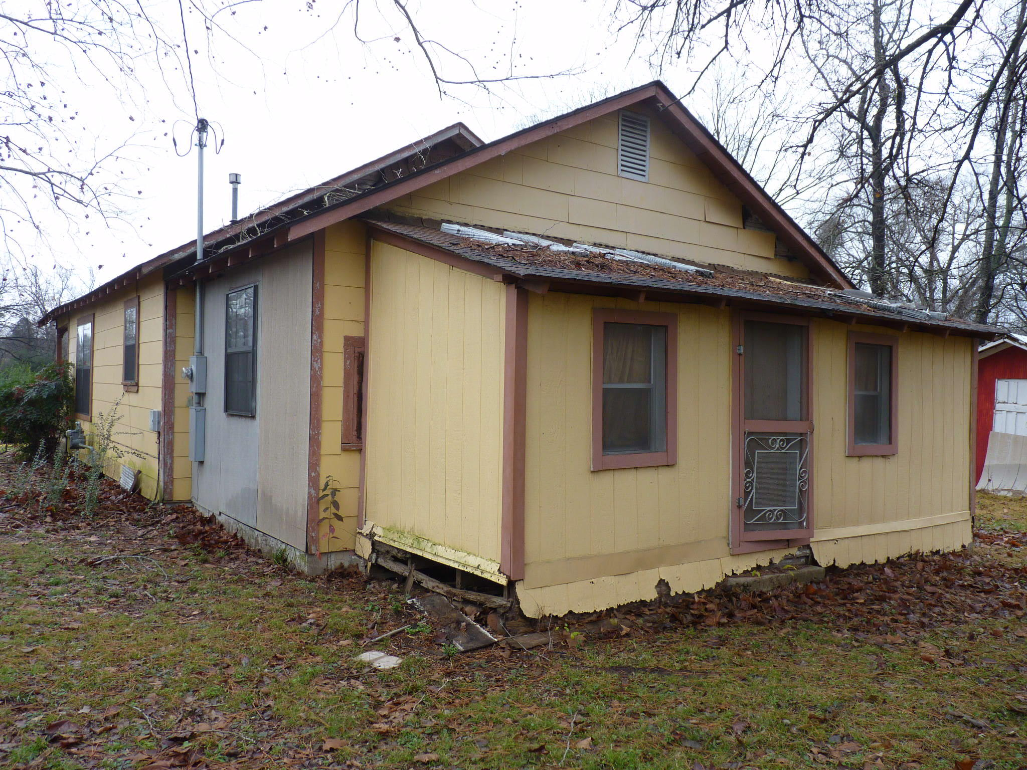 Large photo 2 of home for sale at 314 Harkey Street, Ola, AR