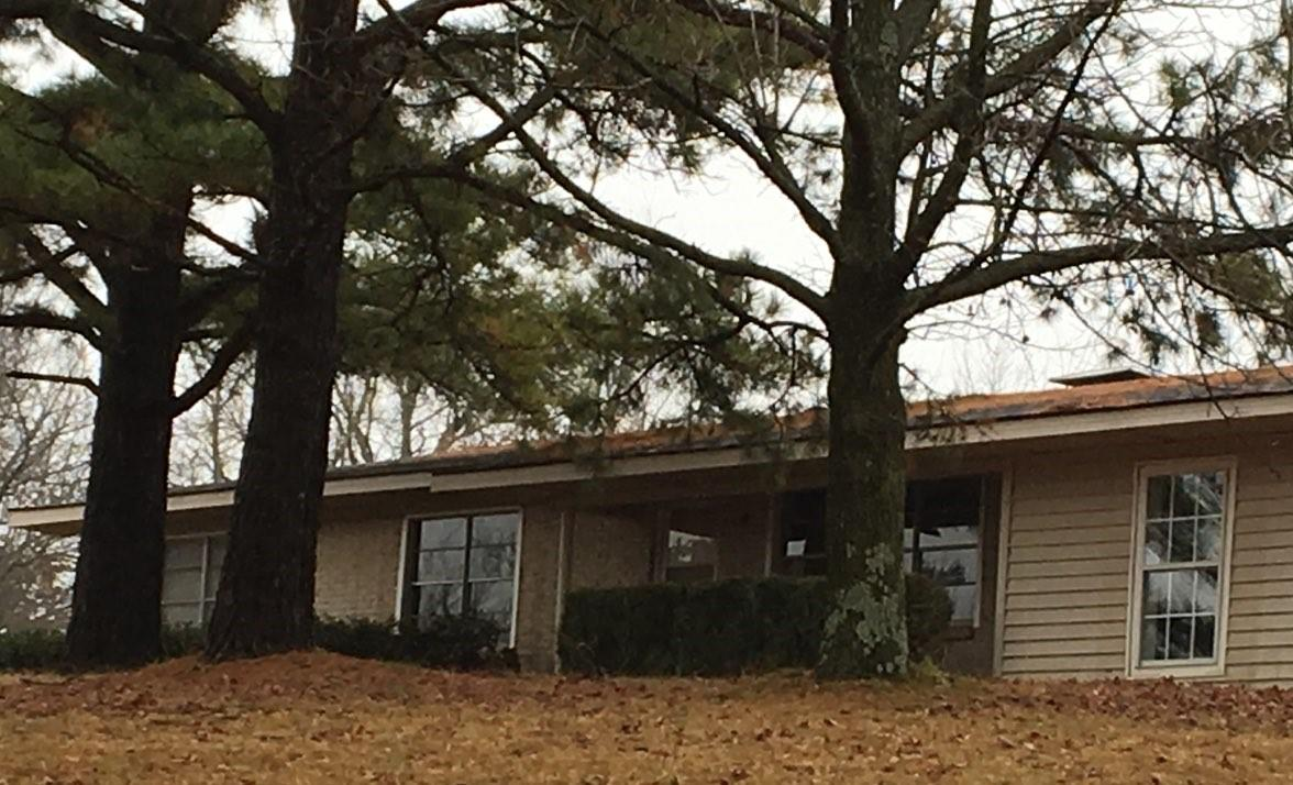 Large photo 1 of home for sale at 610 Ray Road, Clarksville, AR