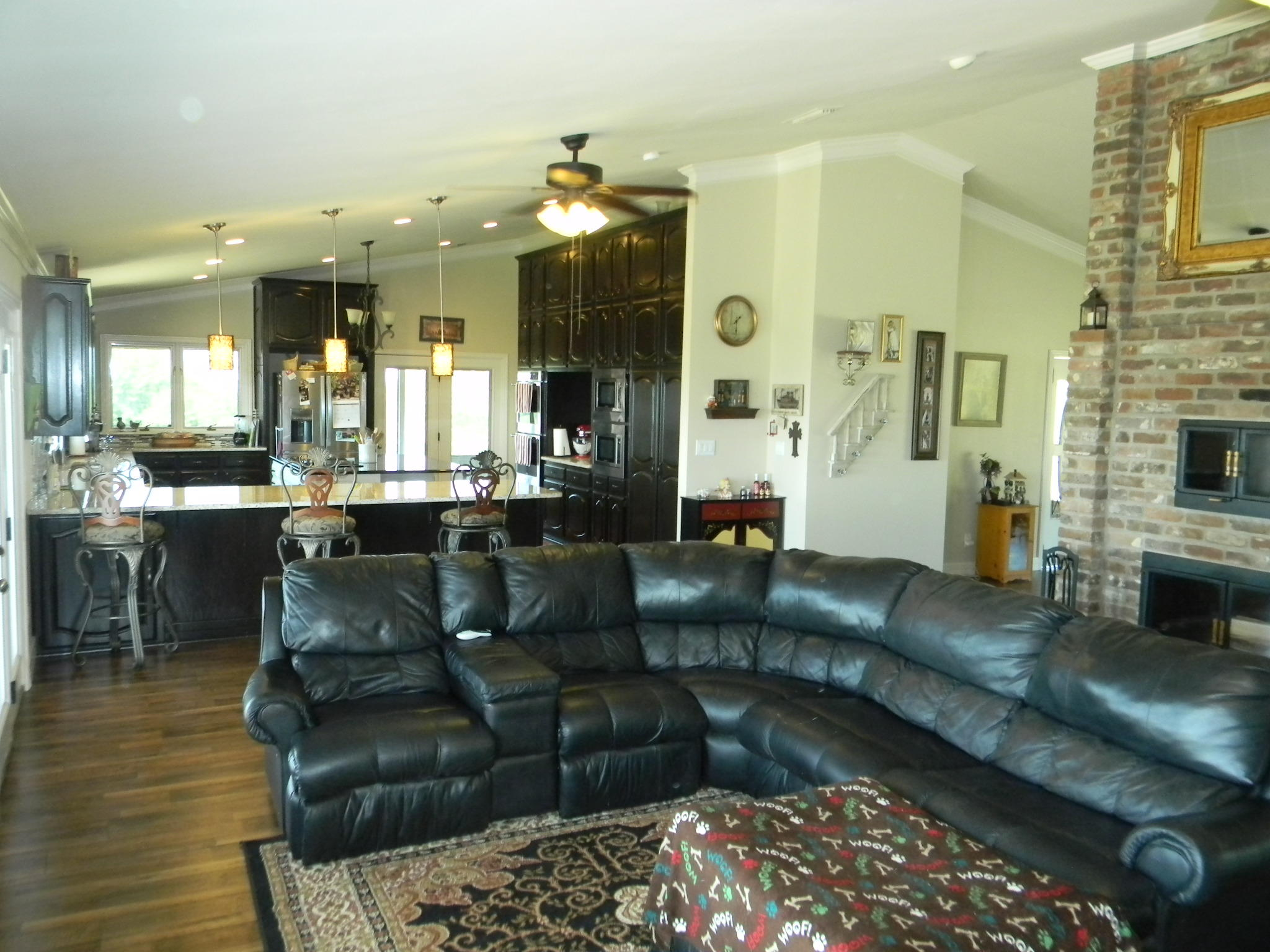 Large photo 7 of home for sale at 11 Bluff Drive, Russellville, AR