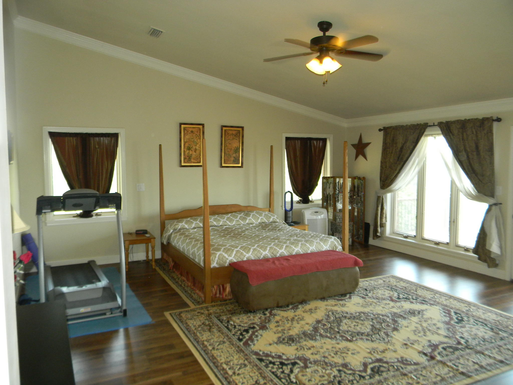Large photo 23 of home for sale at 11 Bluff Drive, Russellville, AR