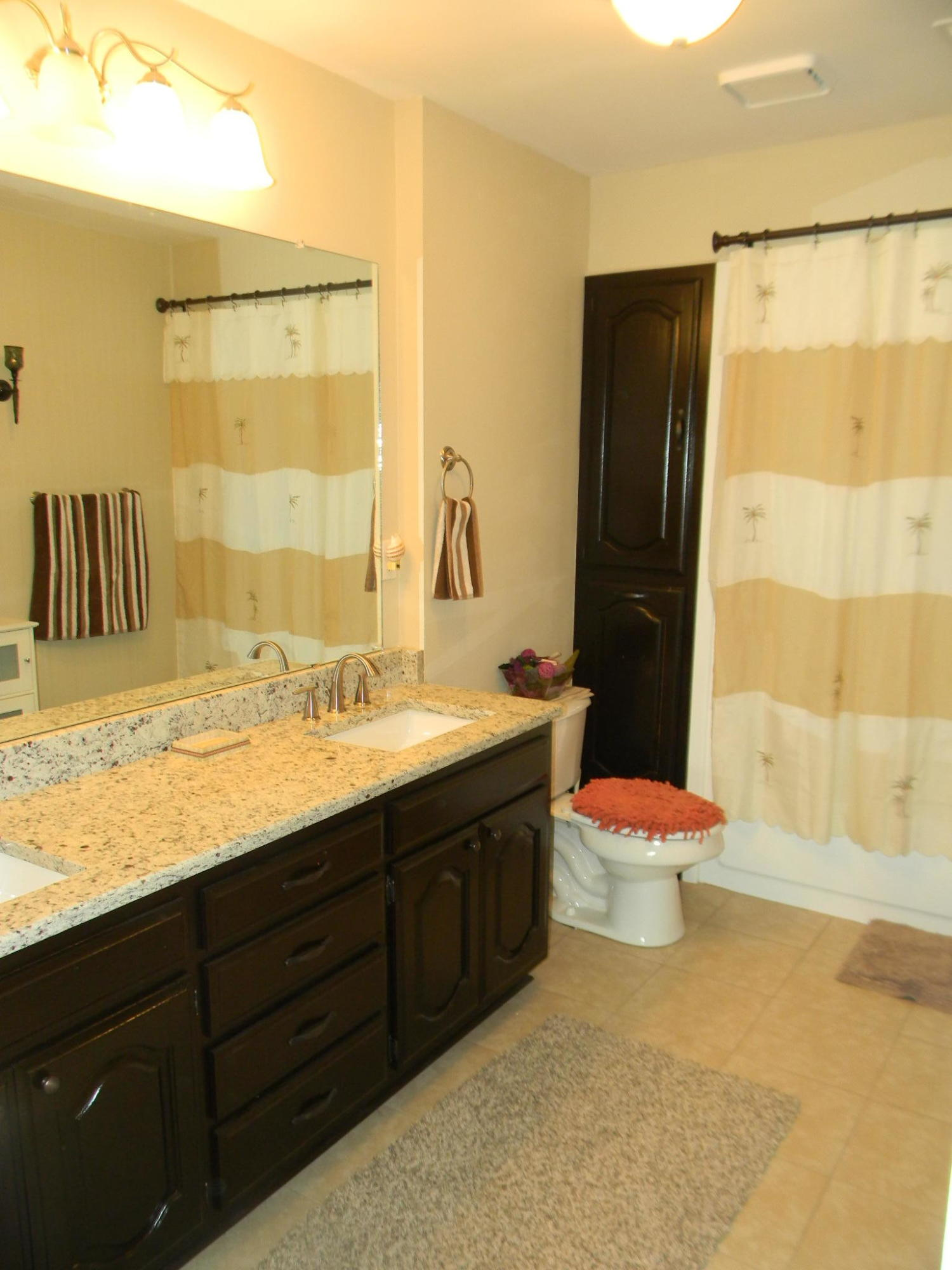 Large photo 32 of home for sale at 11 Bluff Drive, Russellville, AR