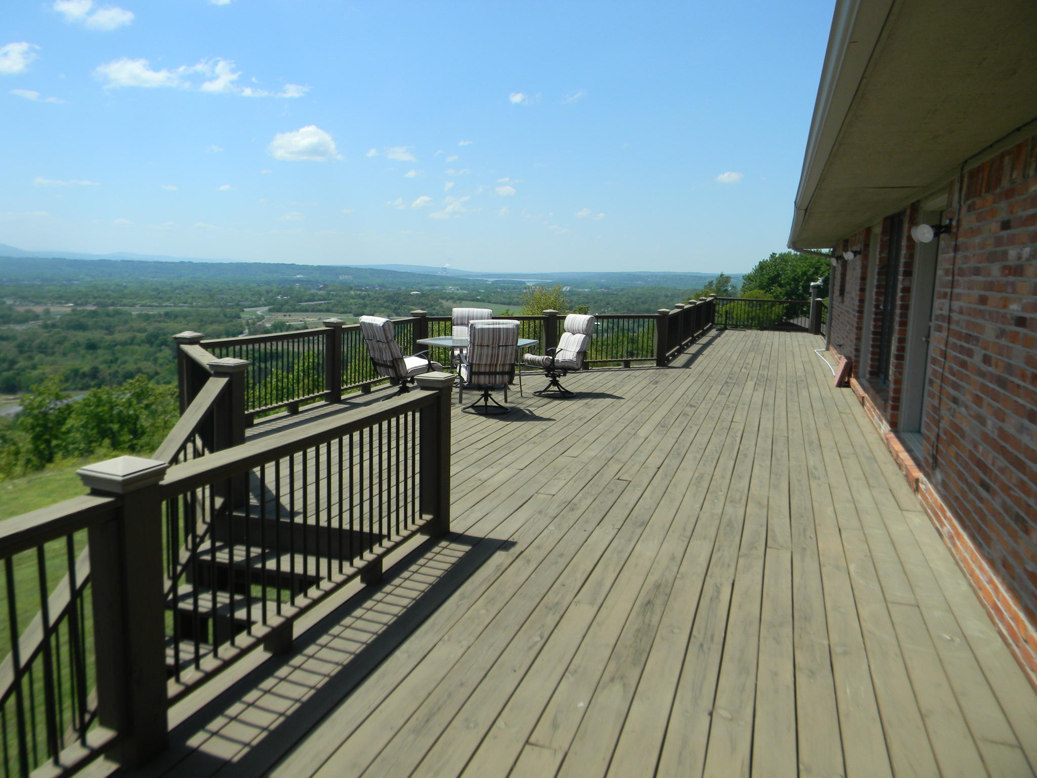 Large photo 39 of home for sale at 11 Bluff Drive, Russellville, AR