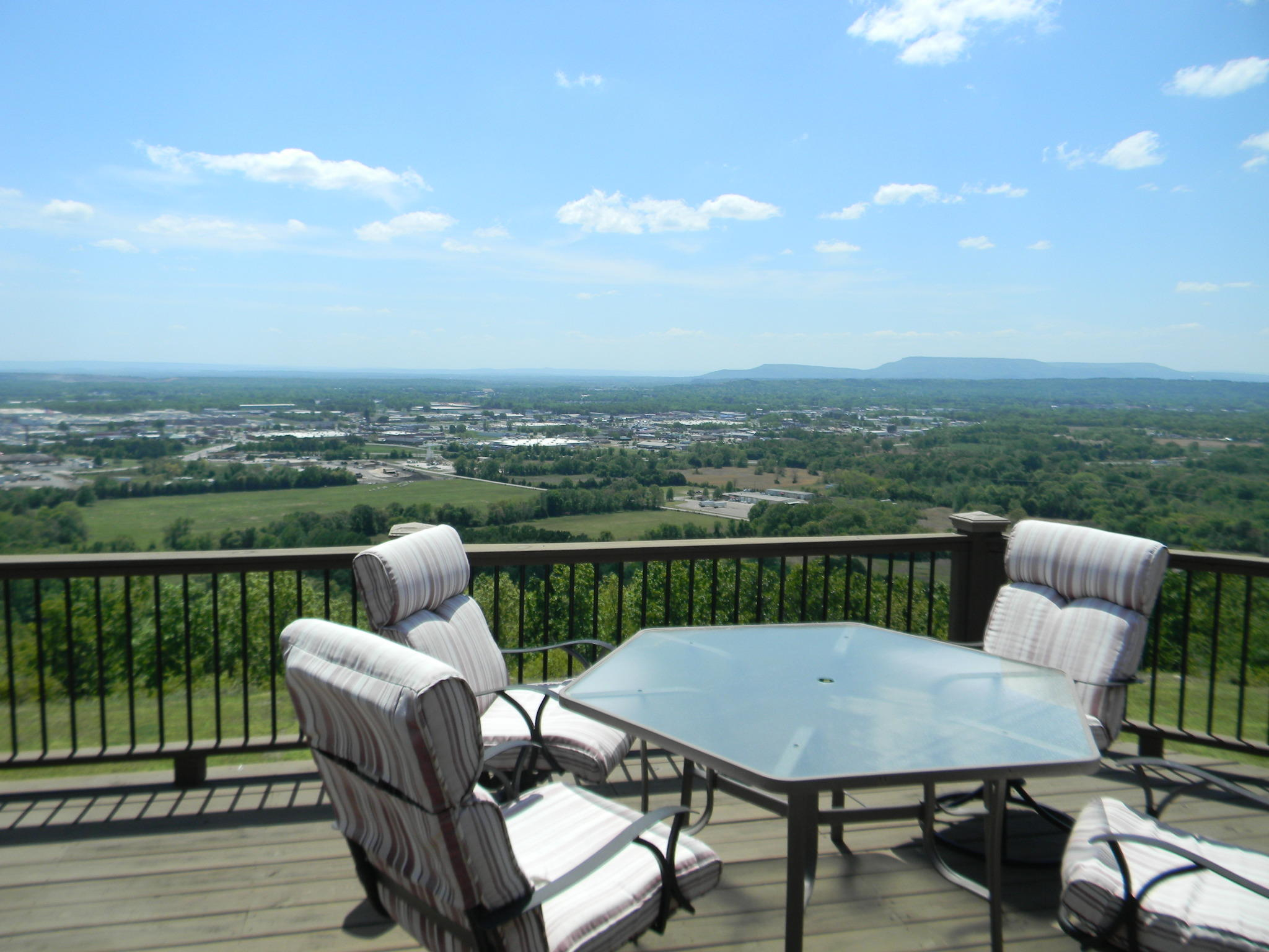 Large photo 41 of home for sale at 11 Bluff Drive, Russellville, AR