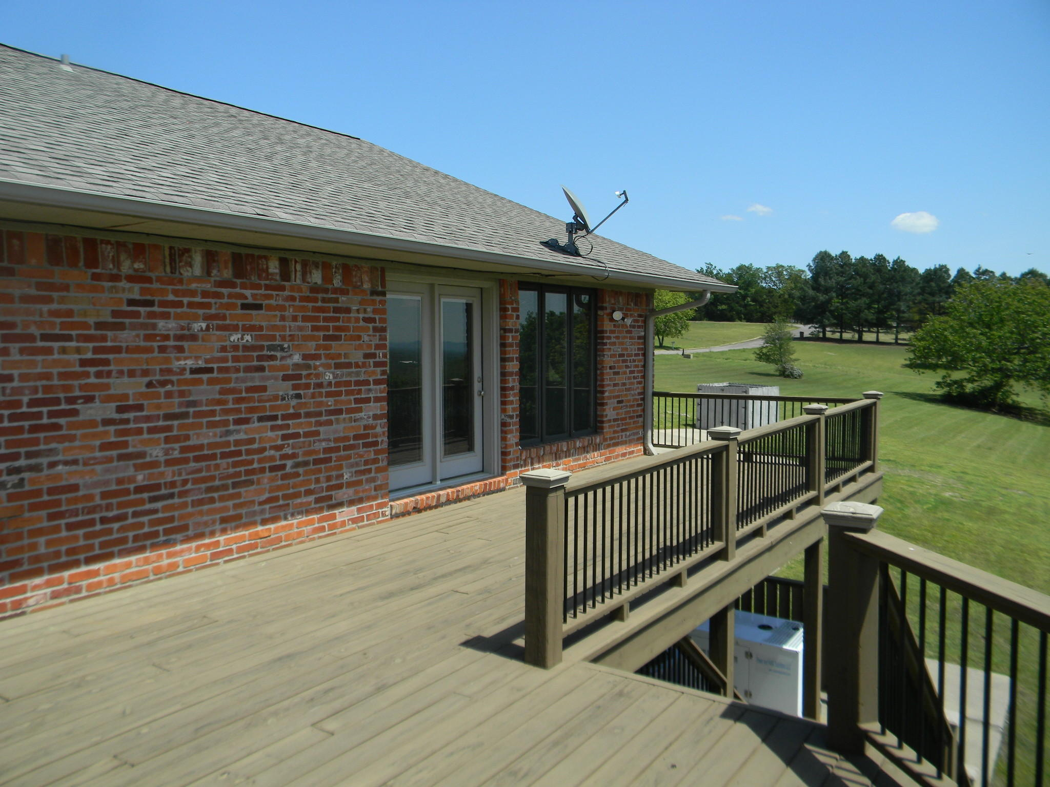 Large photo 42 of home for sale at 11 Bluff Drive, Russellville, AR
