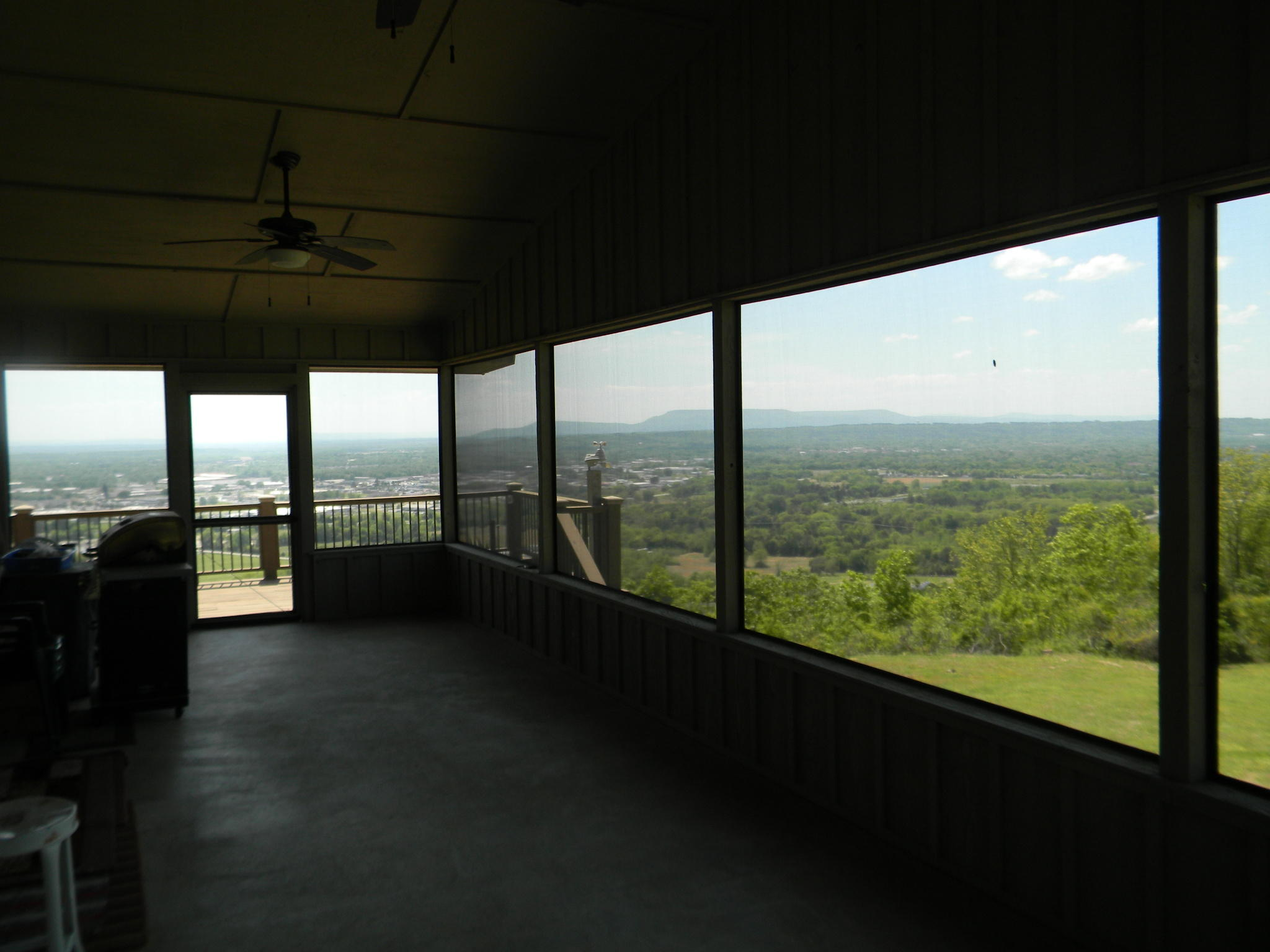 Large photo 44 of home for sale at 11 Bluff Drive, Russellville, AR