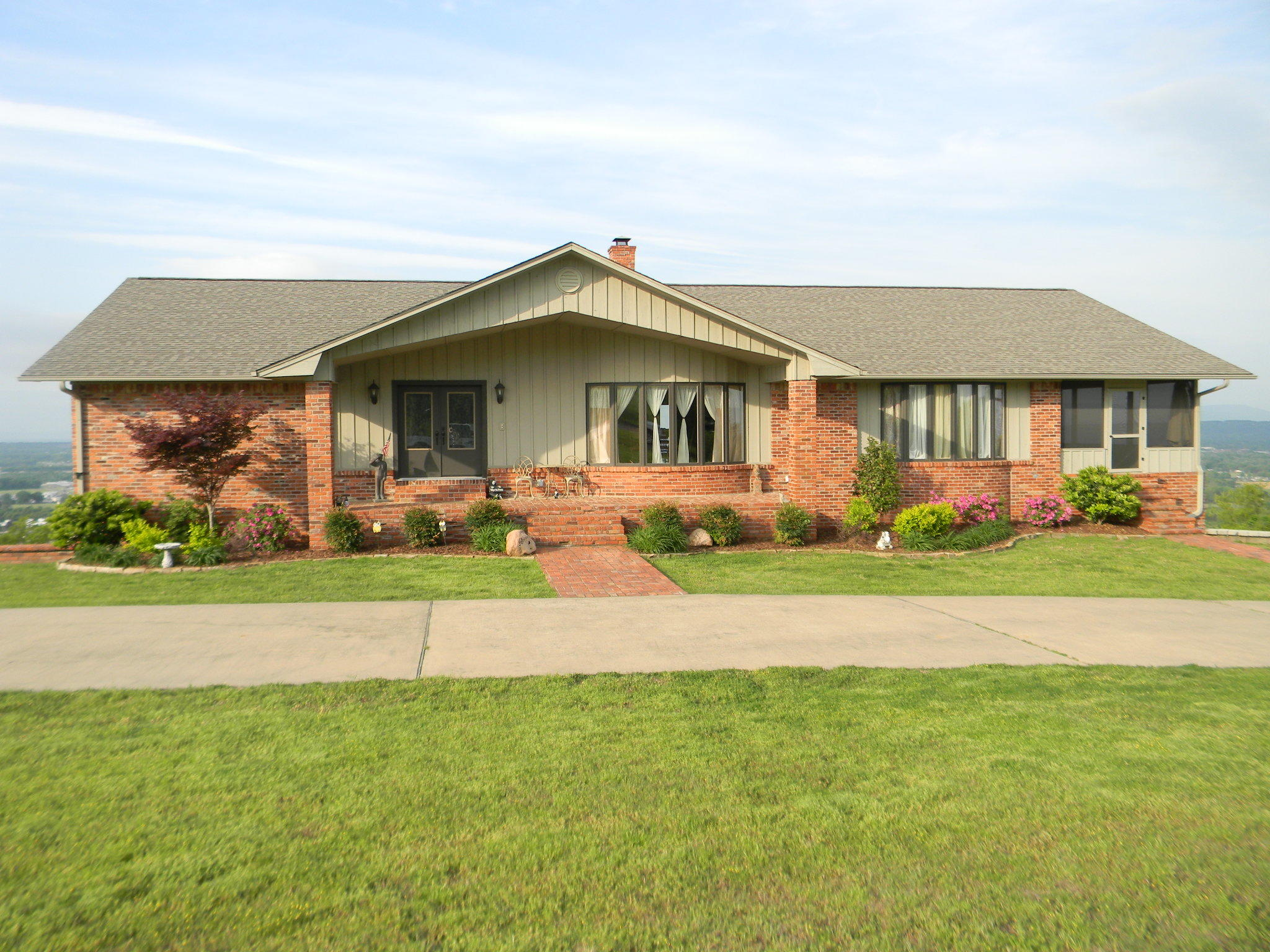 Large photo 52 of home for sale at 11 Bluff Drive, Russellville, AR