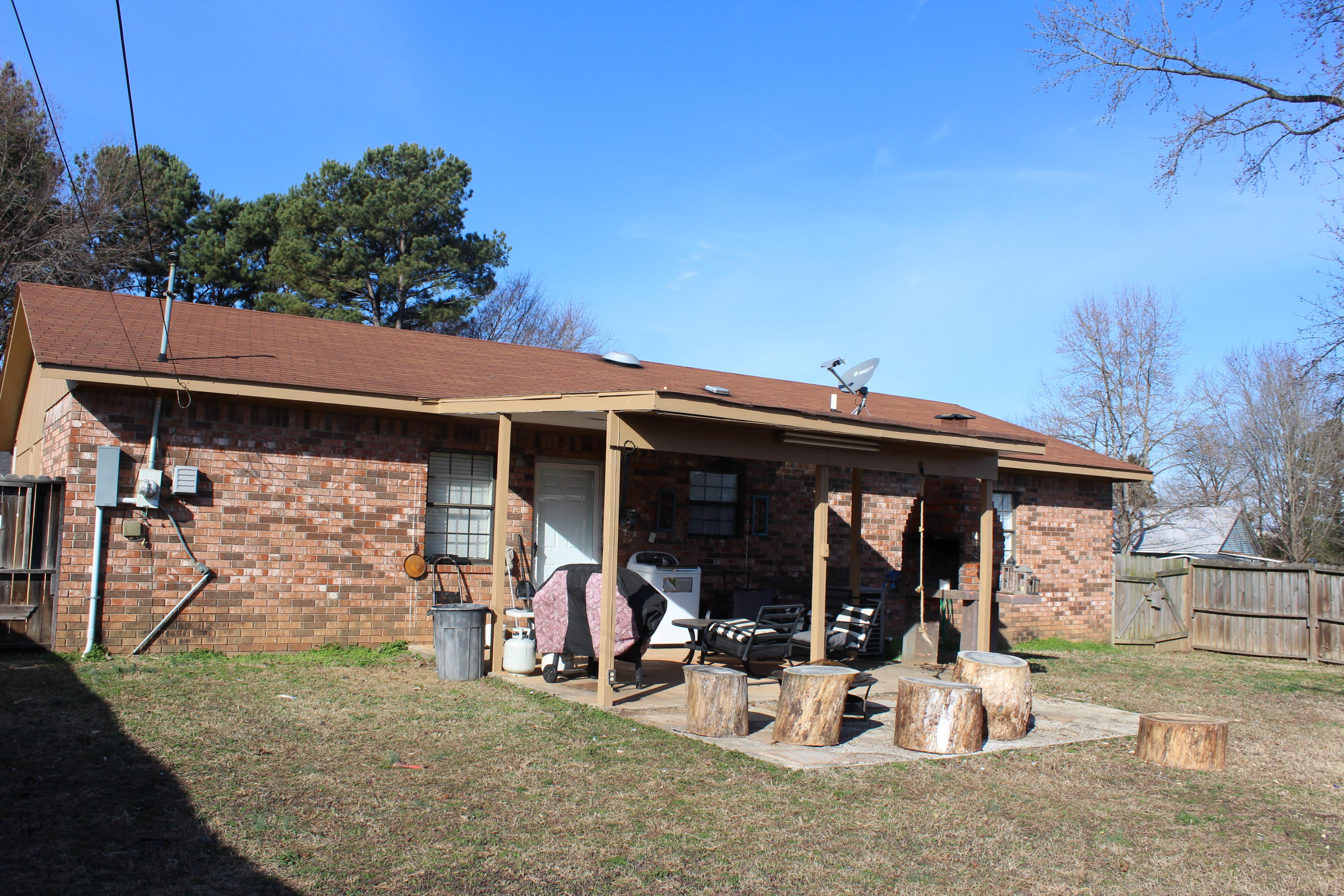 Large photo 17 of home for sale at 66 White Drive, Clarksville, AR