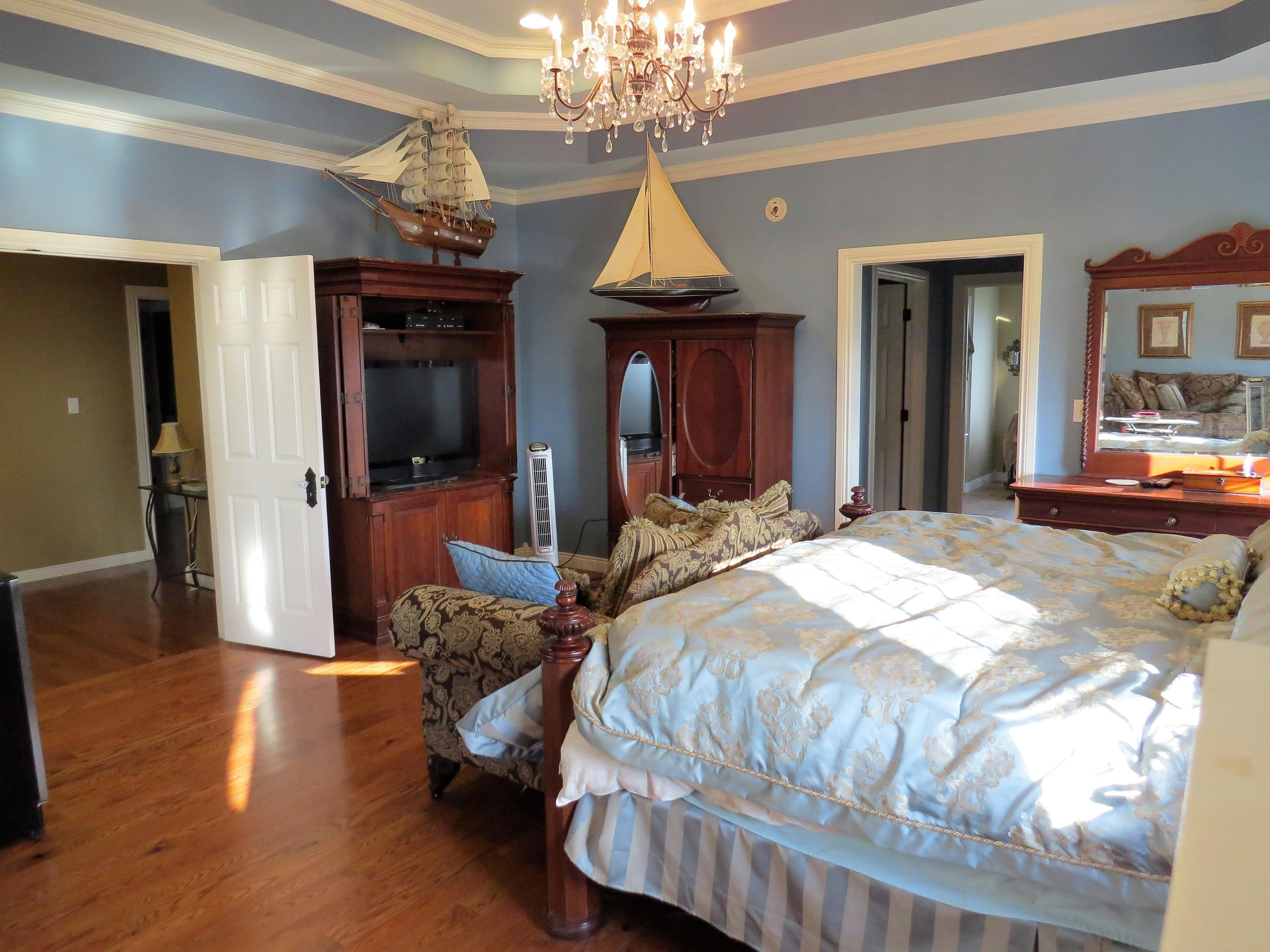 Large photo 28 of home for sale at 1298 Cliff Road, Russellville, AR